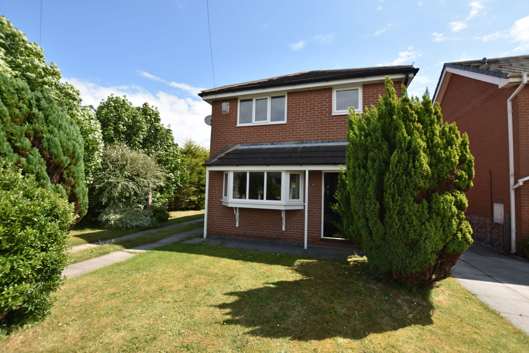 4 bedroom detached house Sold STC in Preston - Croft Butts Lane