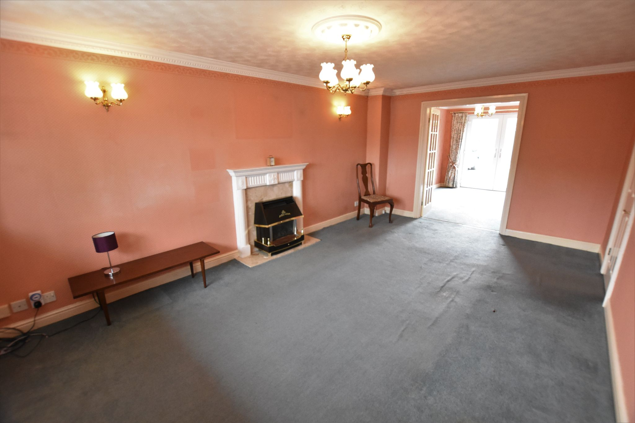 4 bedroom detached house Sold STC in Preston - Lounge