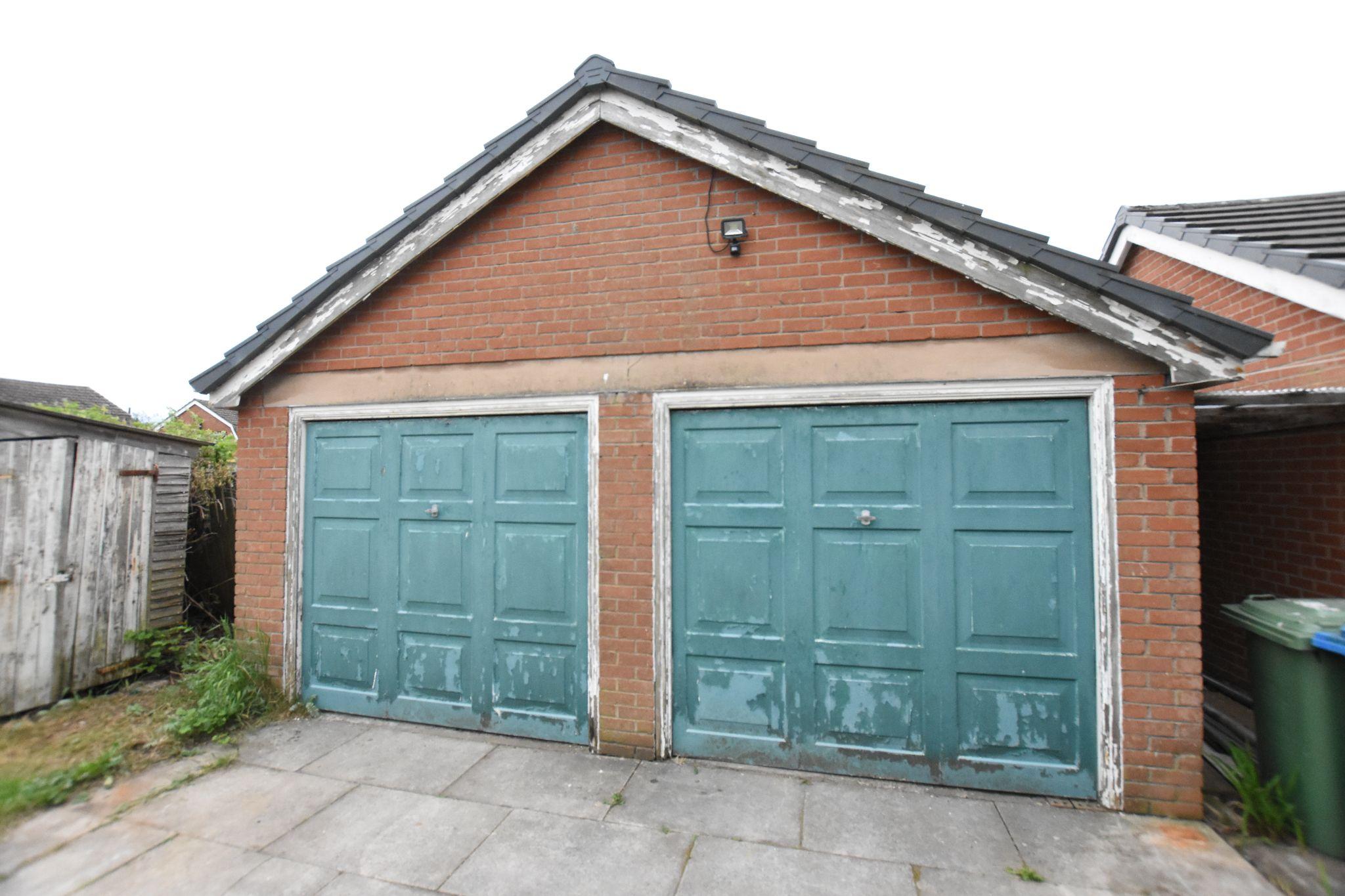 4 bedroom detached house Sold STC in Preston - Garage