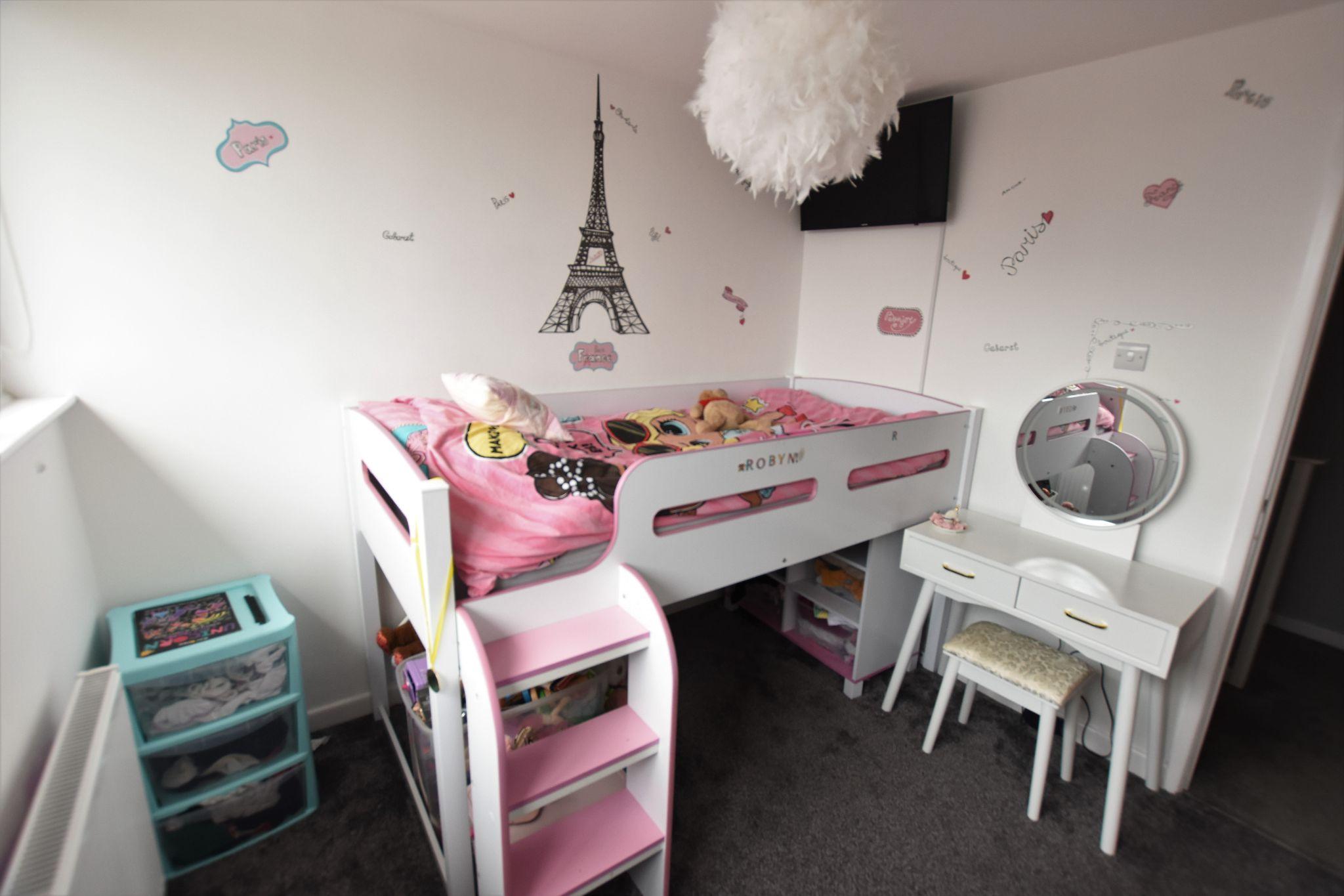 4 bedroom semi-detached bungalow Sold STC in Preston - Bedroom 3