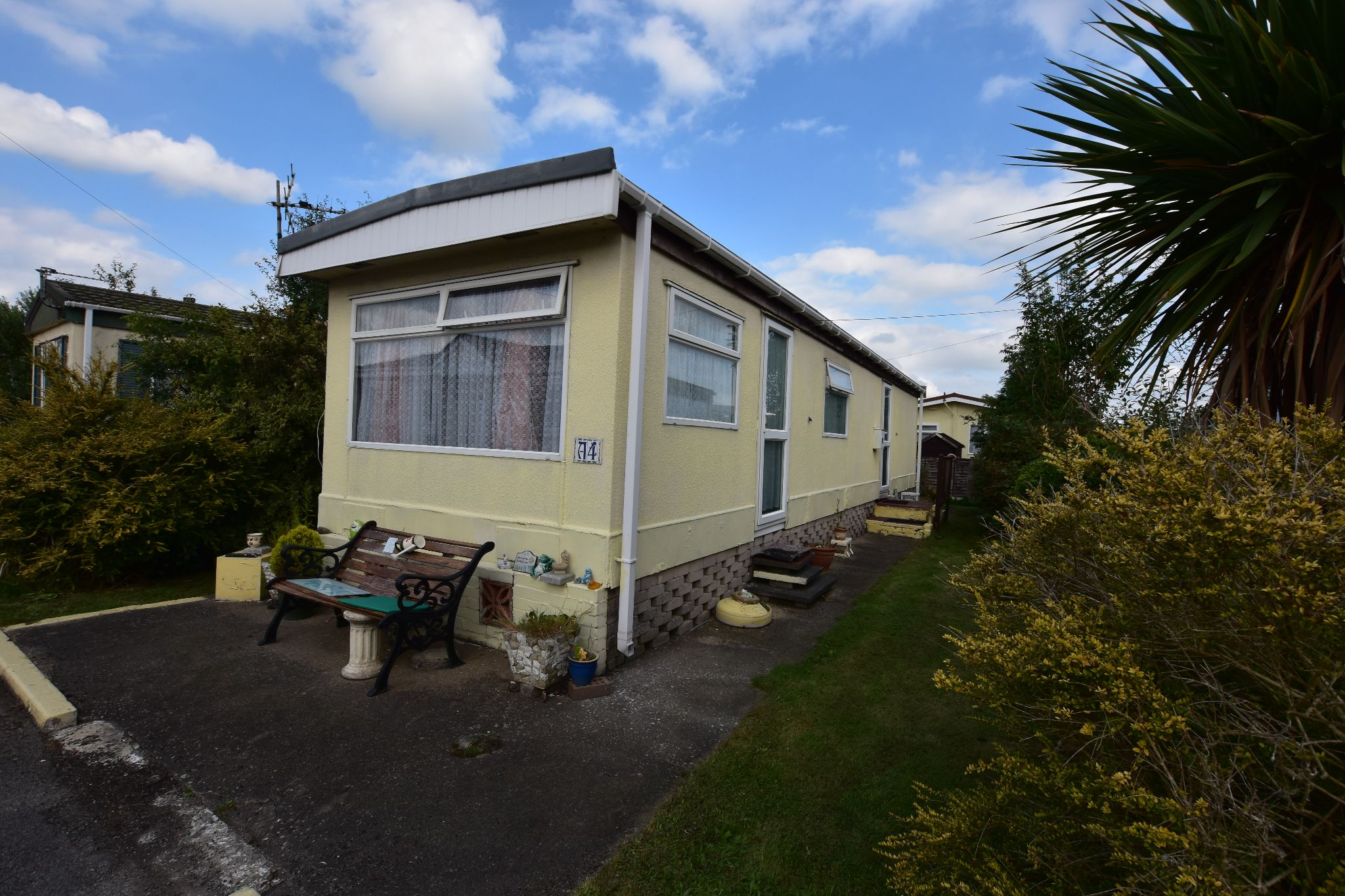 2 bedroom park home house For Sale in Preston - Property photograph