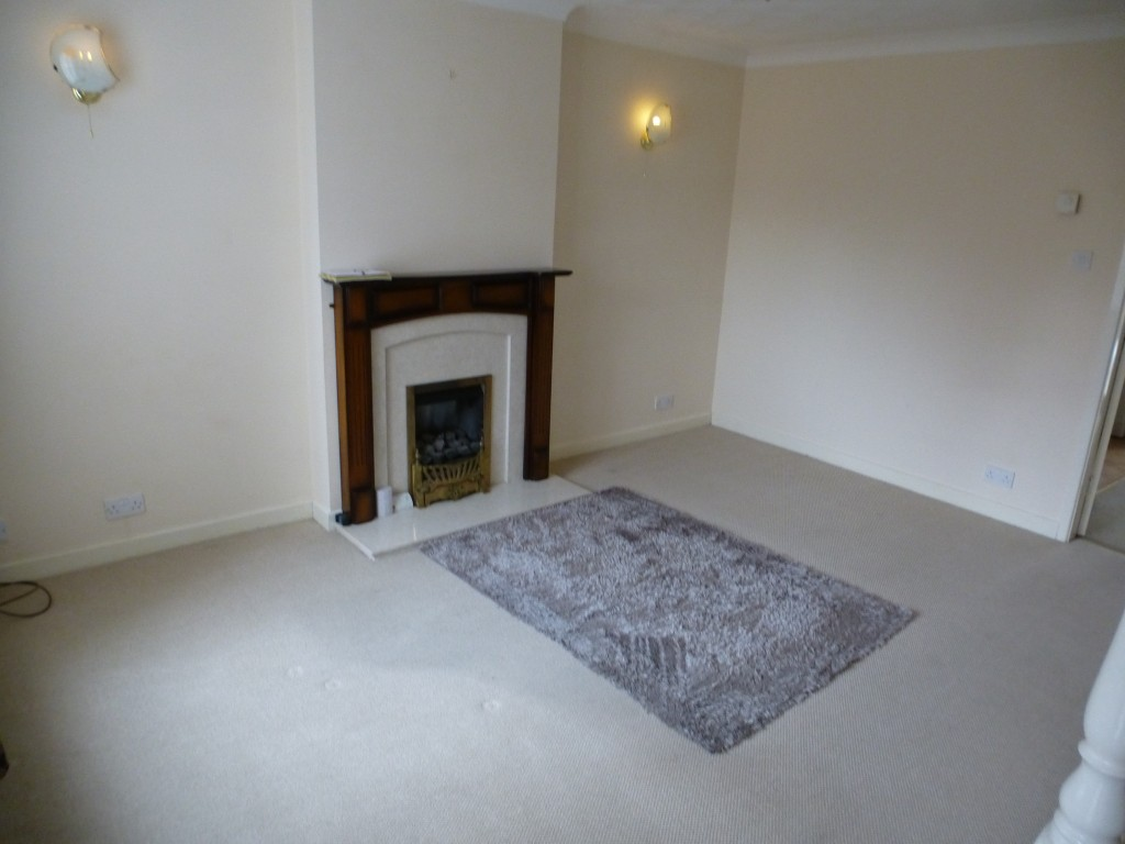 2 bedroom semi-detached house Let Agreed in Preston - Property photograph