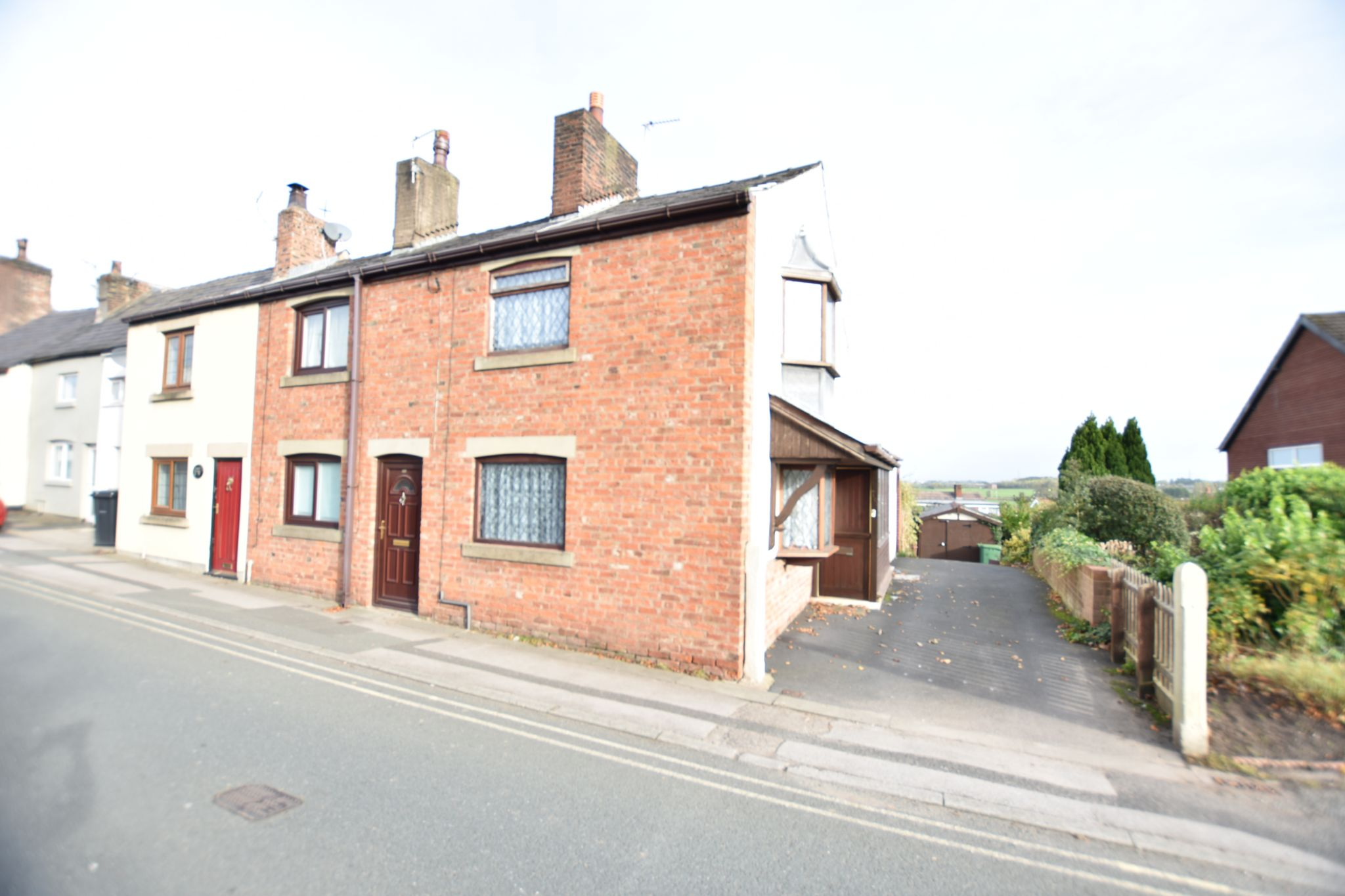 2 bedroom end terraced house Let Agreed in Preston - Property photograph
