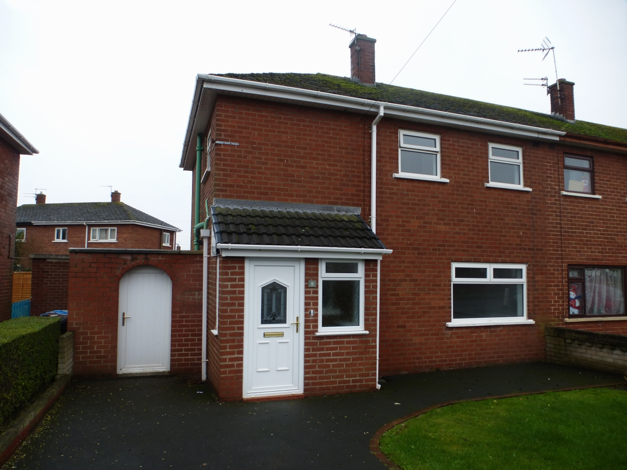 3 bedroom end terraced house To Let in Lytham St Annes - Property photograph