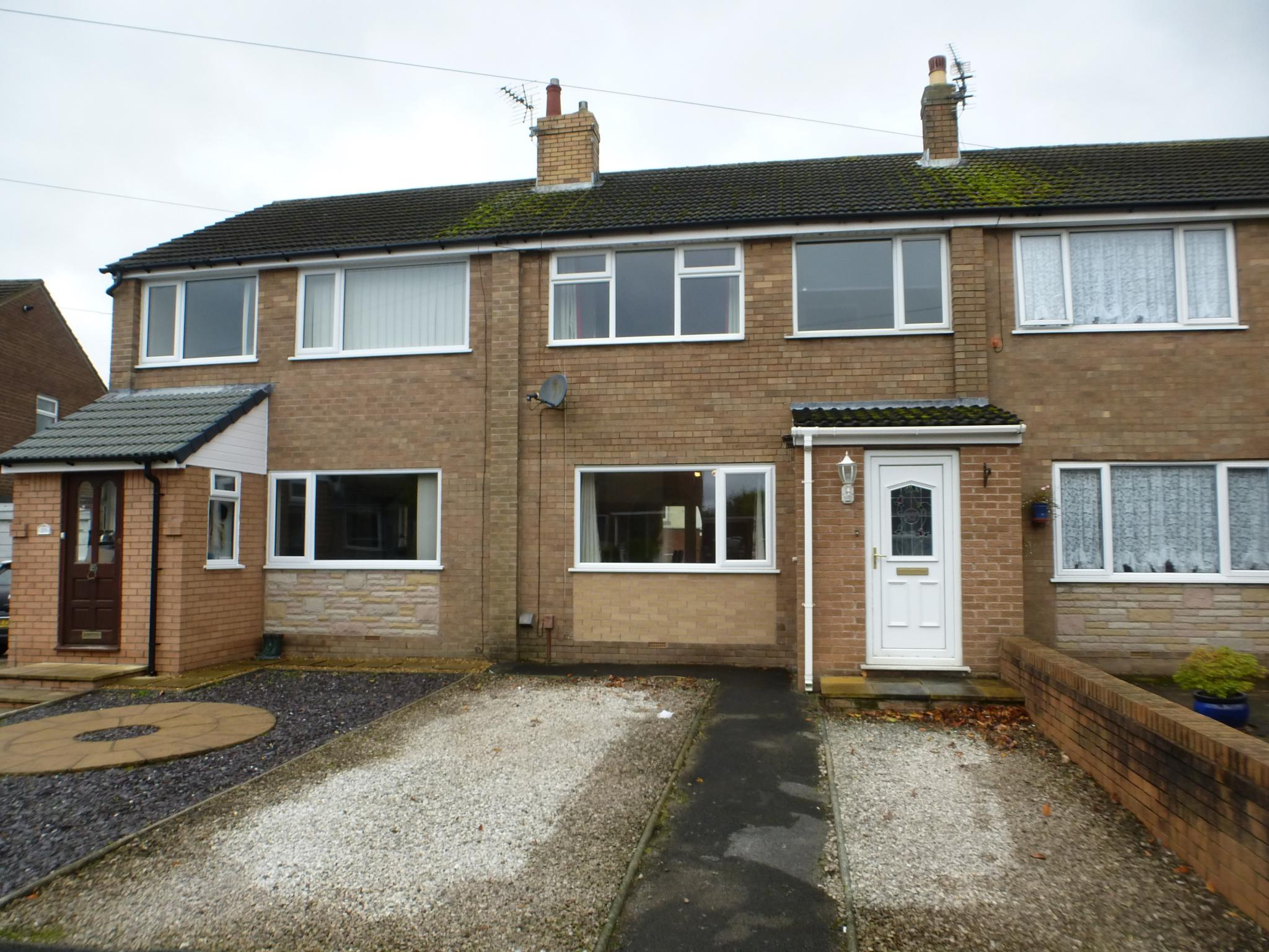 3 Bedroom Mid Terraced House For Sale - Image 0