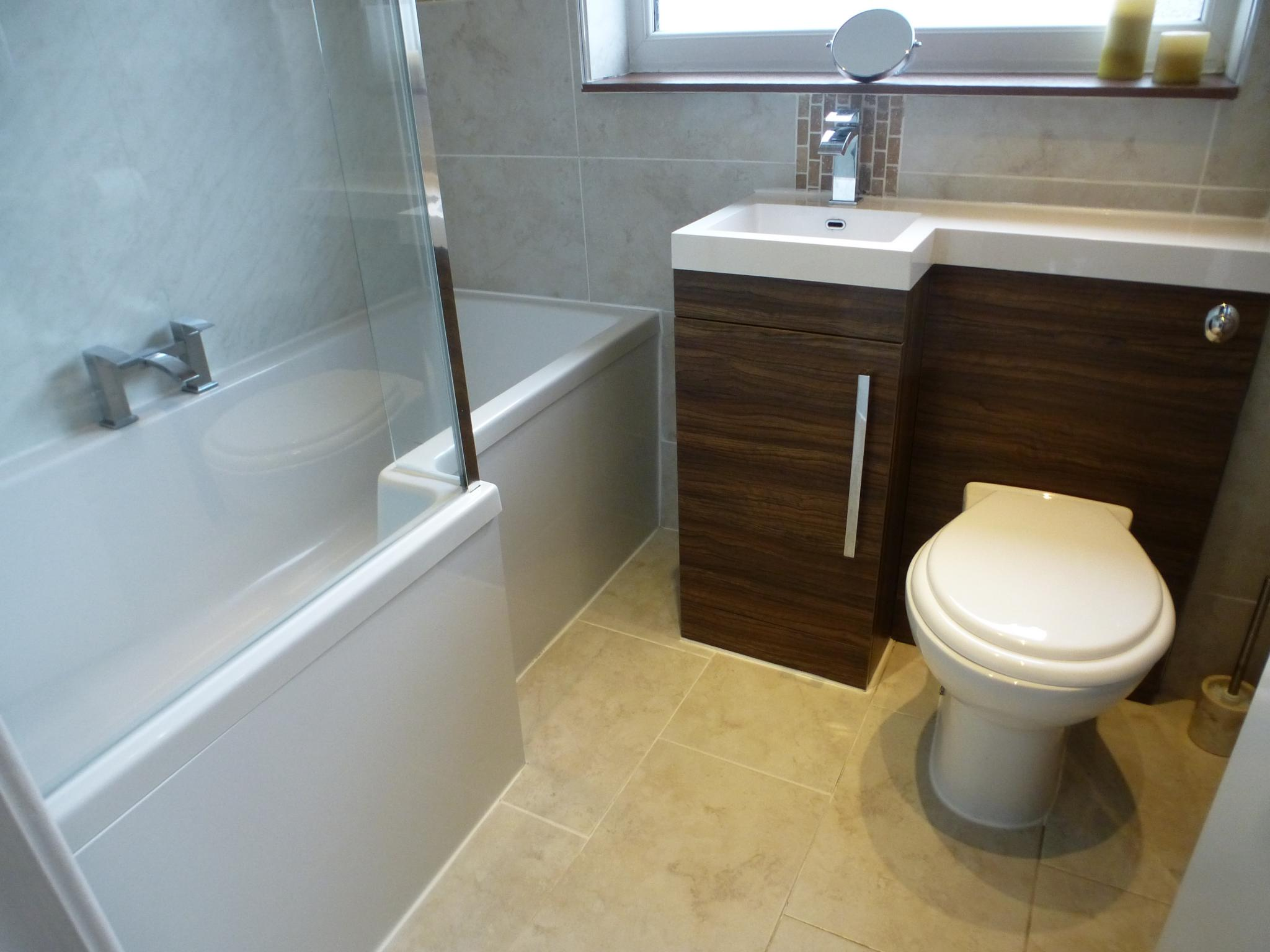 3 Bedroom Mid Terraced House For Sale - Image 15