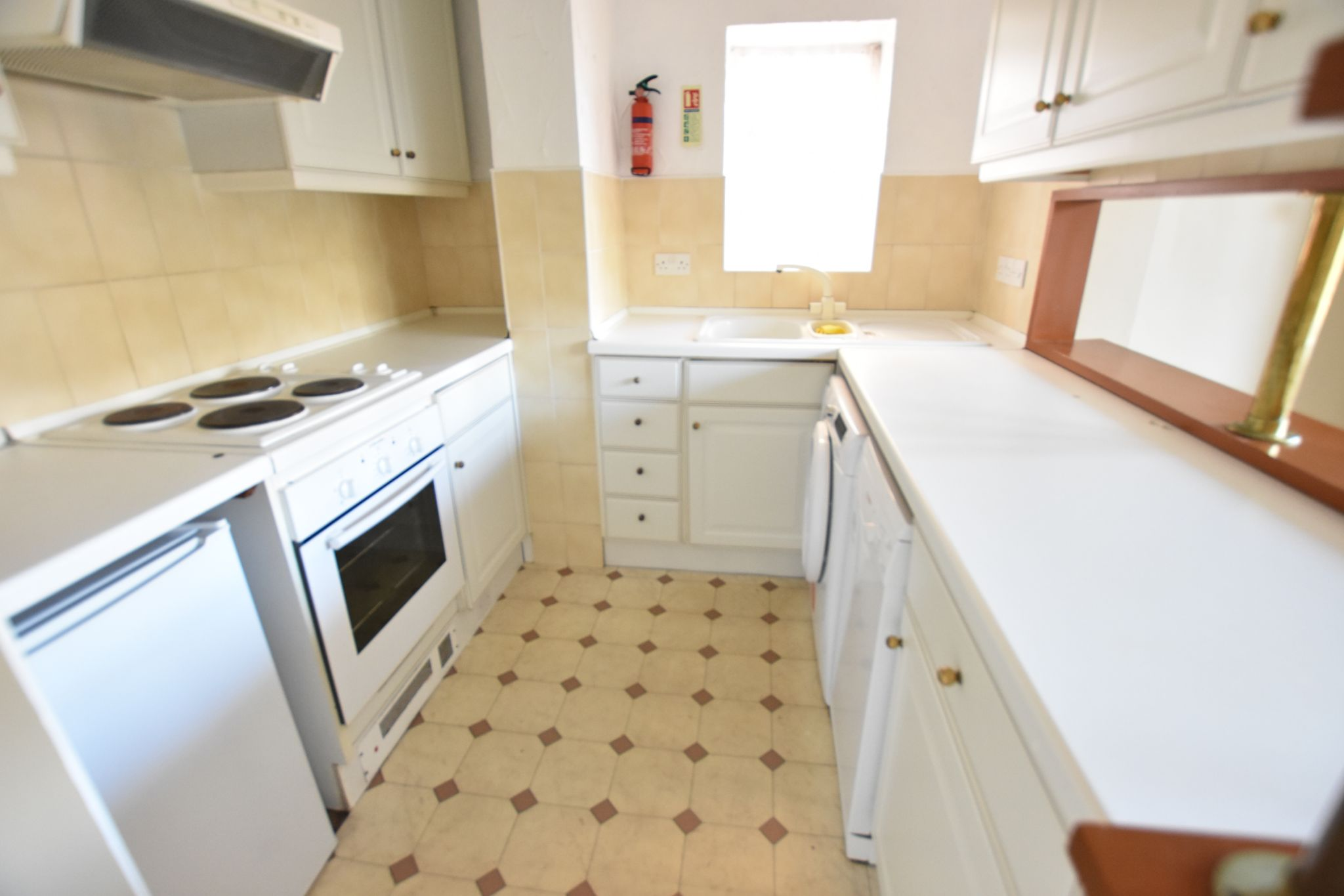 2 bedroom apartment flat/apartment To Let in St Annes - Property photograph
