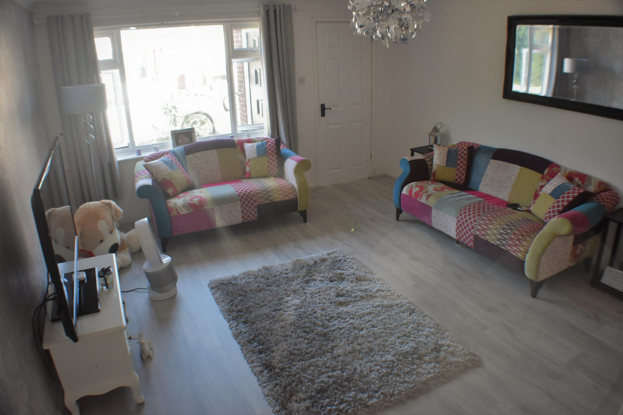 2 bedroom semi-detached house For Sale in Preston - Property photograph