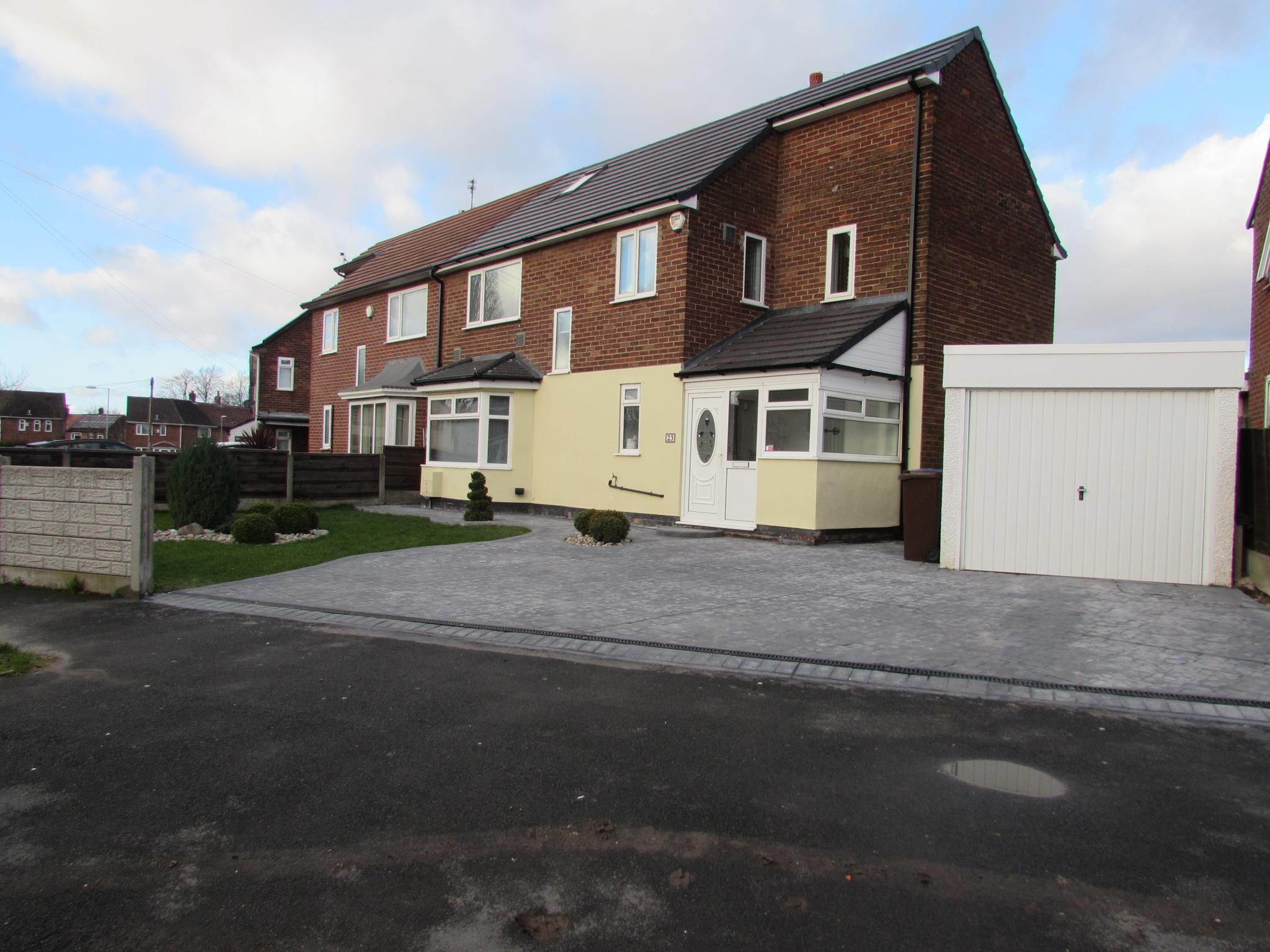 1 Bedroom Semi-detached House To Rent - Front