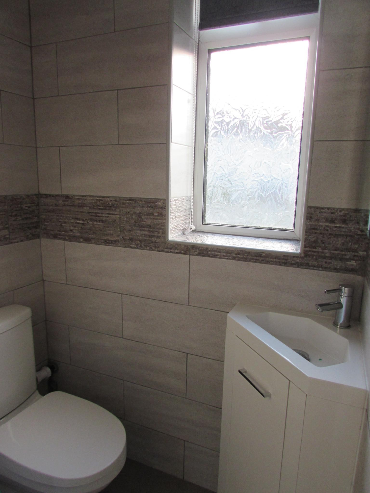 1 Bedroom Semi-detached House To Rent - Downstairs WC