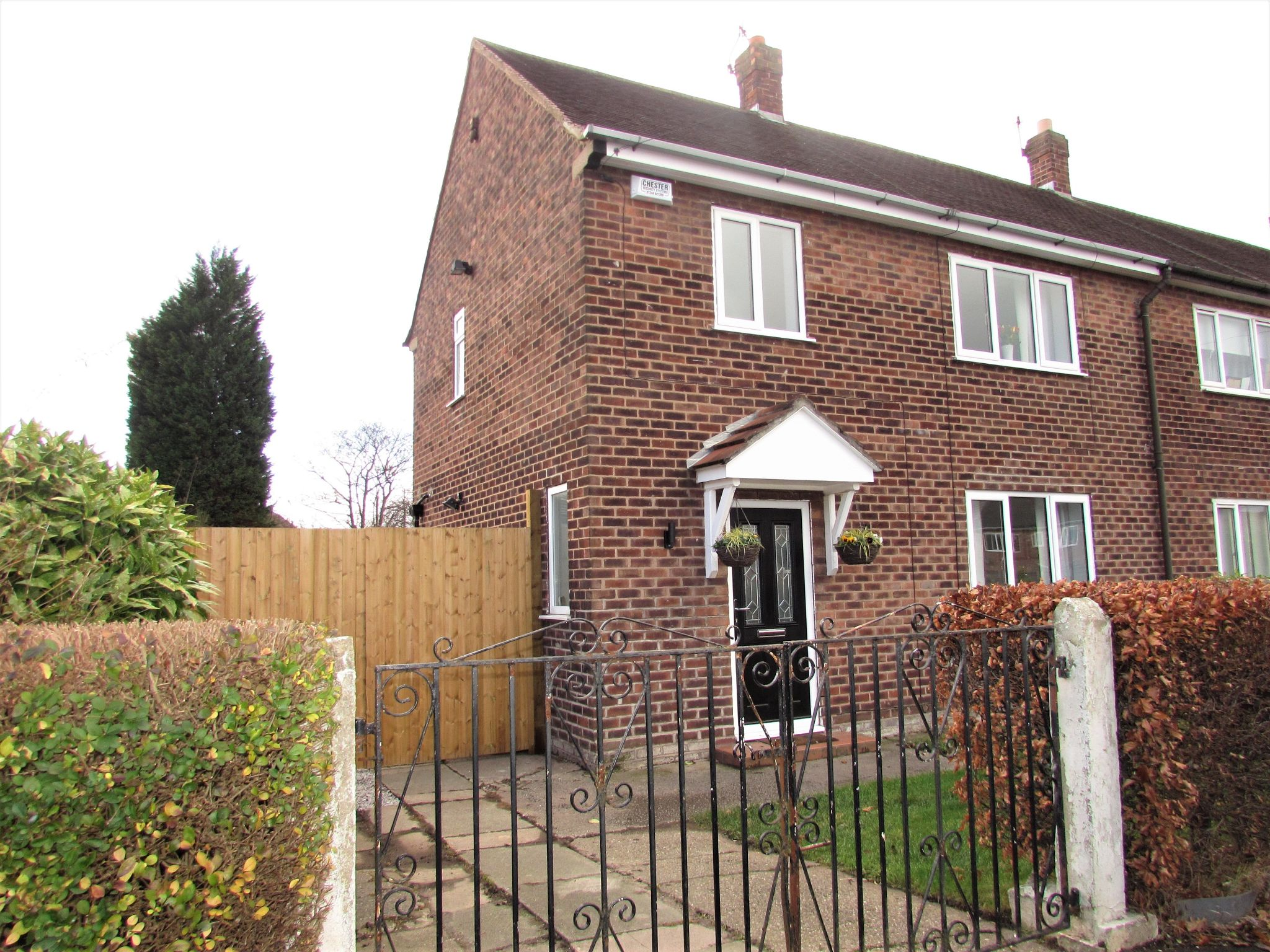 3 Bedroom End Terraced House For Sale - Photograph 21