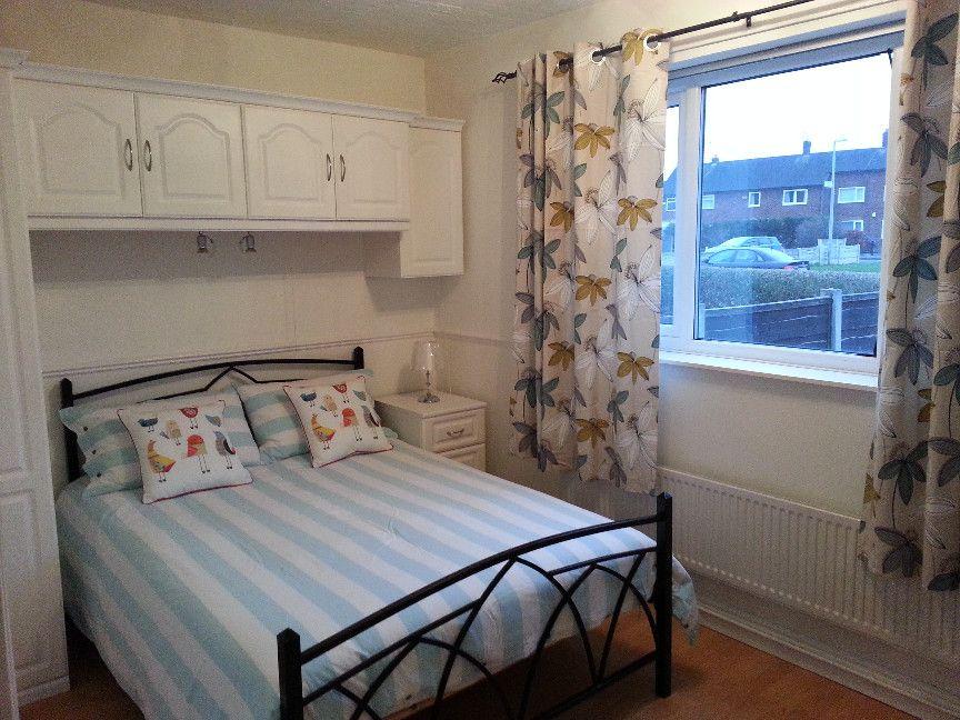 2 Bedroom Ground Floor Flat/apartment To Rent - Bedroom One