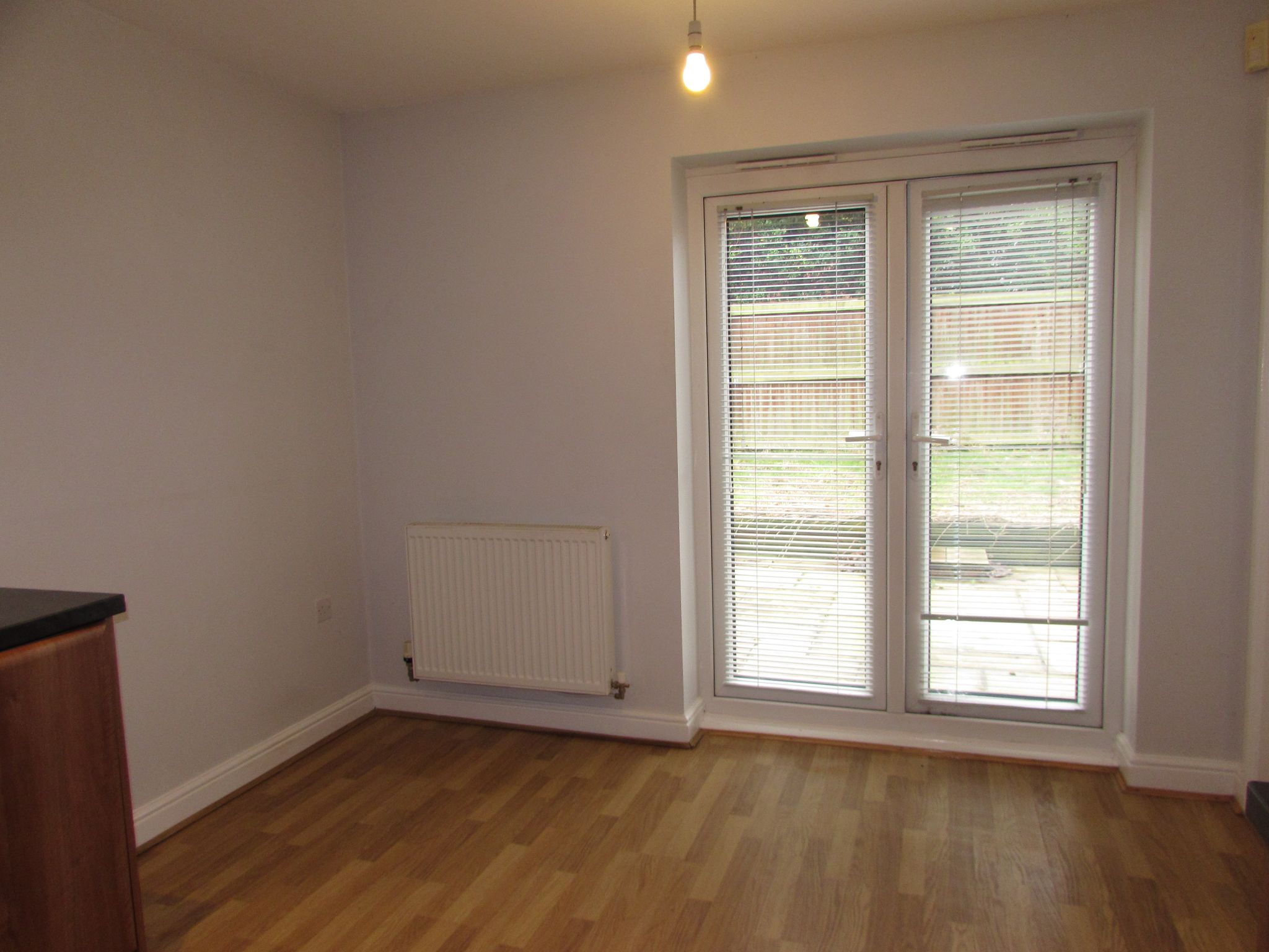 2 Bedroom Mews House To Rent - Dining area spcae