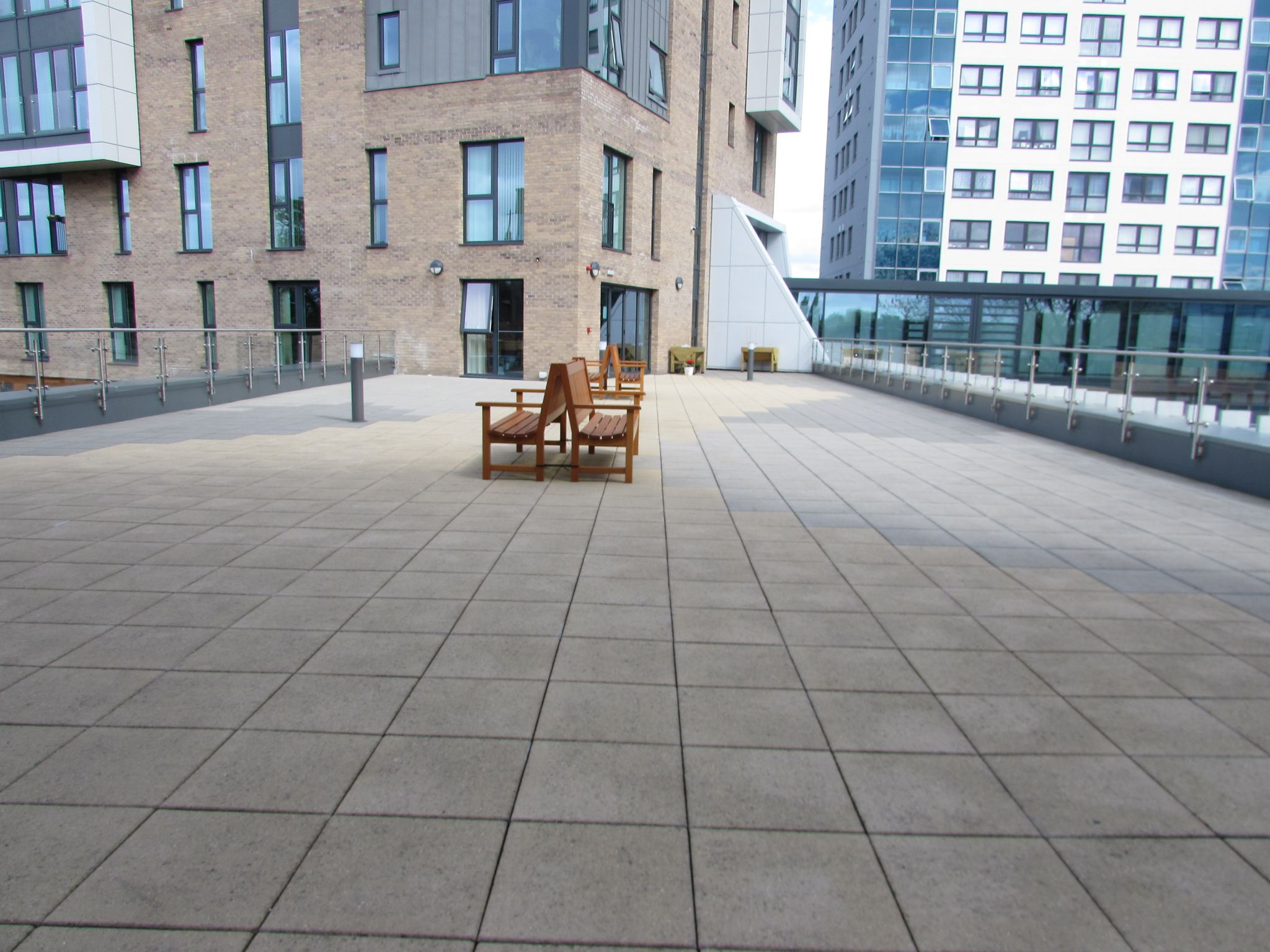 2 Bedroom Apartment Flat/apartment For Sale - Roof top garden/patio