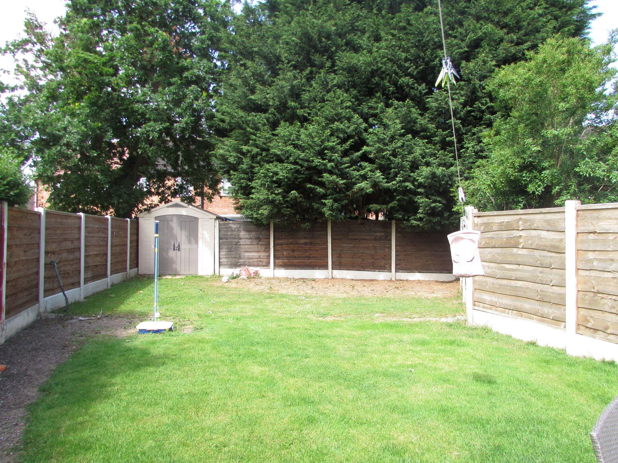 3 Bedroom Mid Terraced House For Sale - Rear Garden