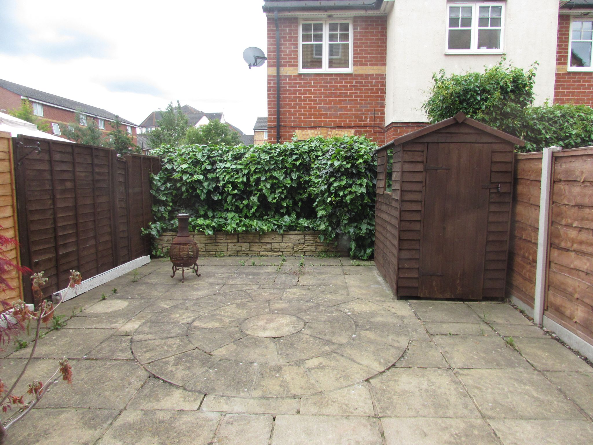 1 Bedroom Mid Terraced House To Rent - Rear
