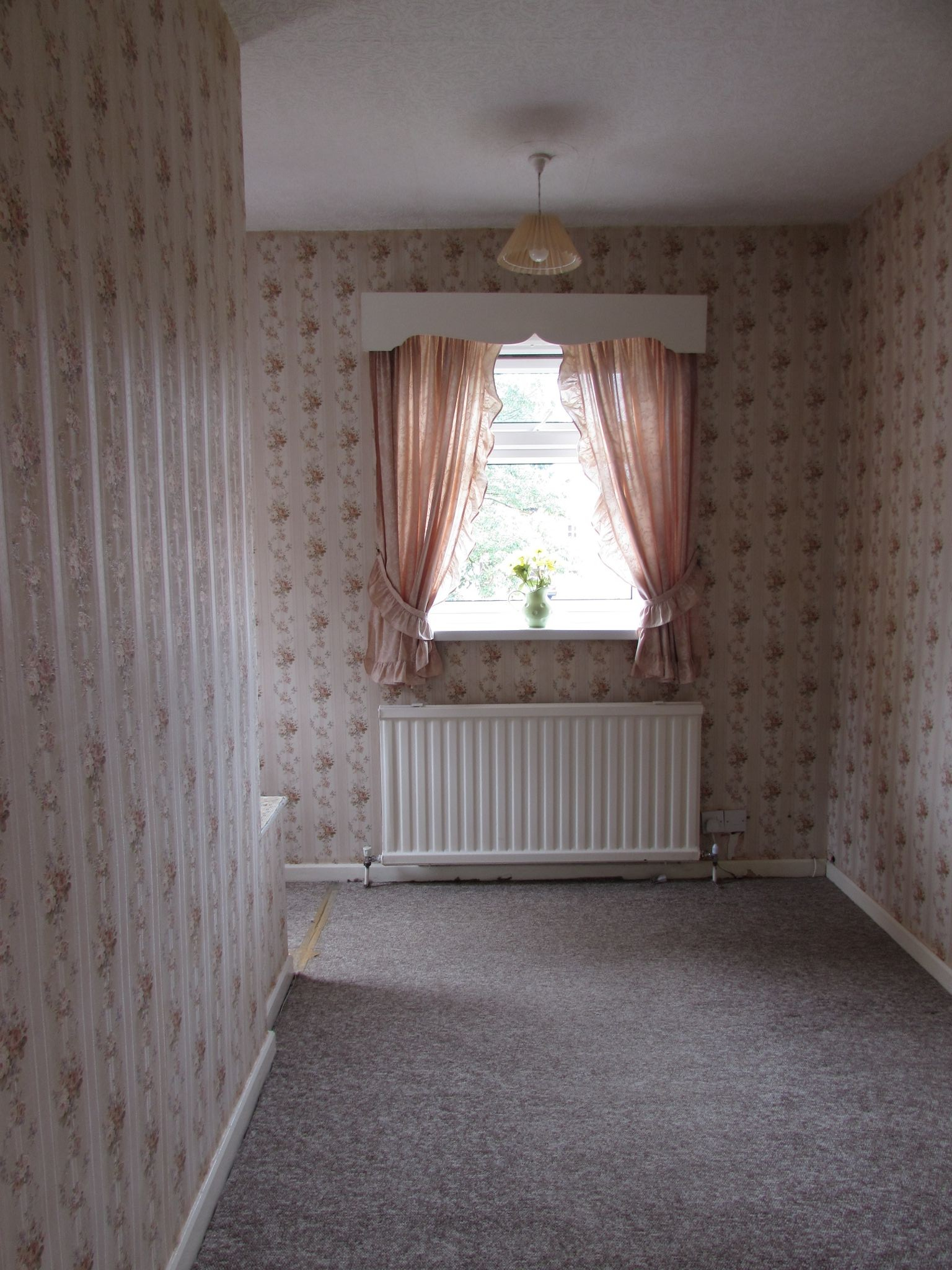 3 Bedroom End Terraced House For Sale - Bedroom 3