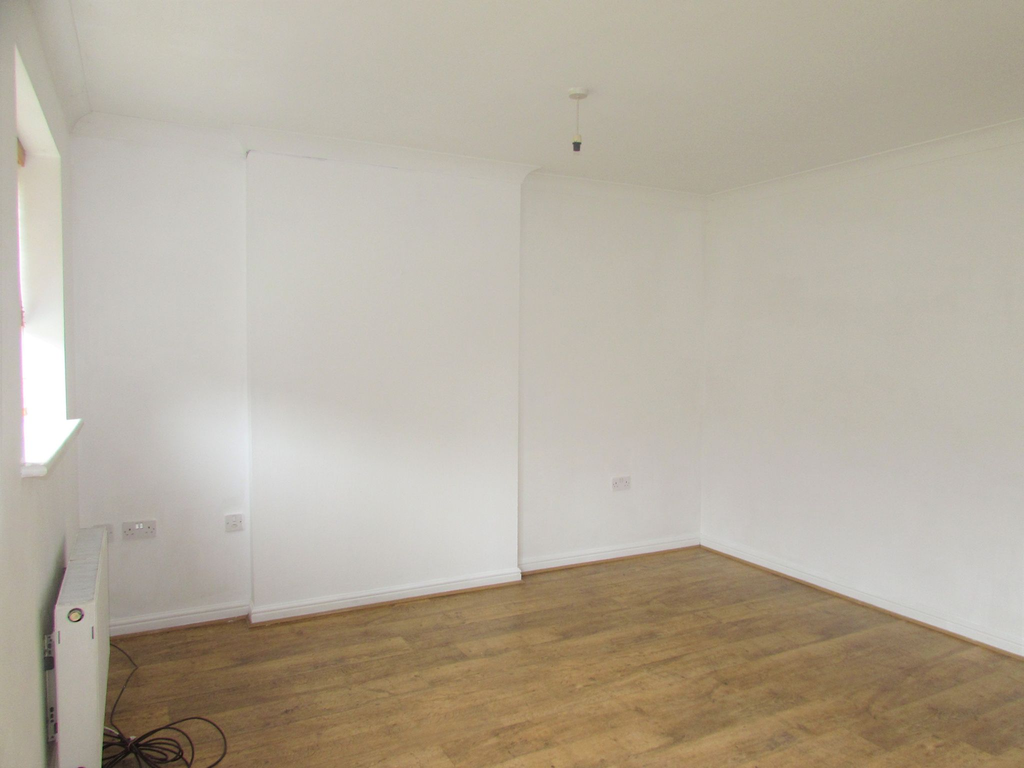 3 Bedroom Mews House To Rent - Lounge
