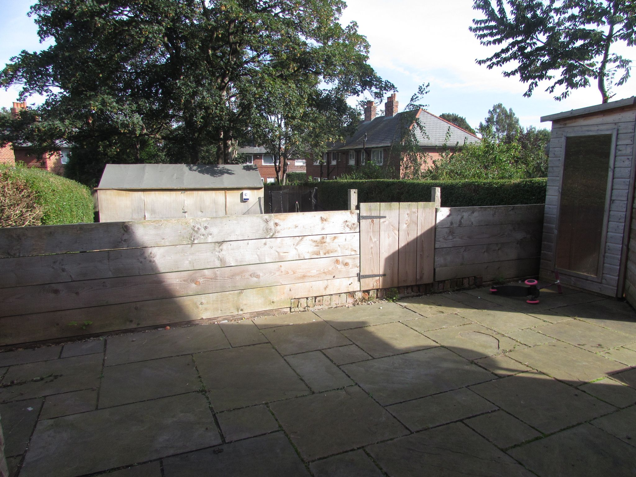 3 Bedroom Semi-detached House For Sale - Patio