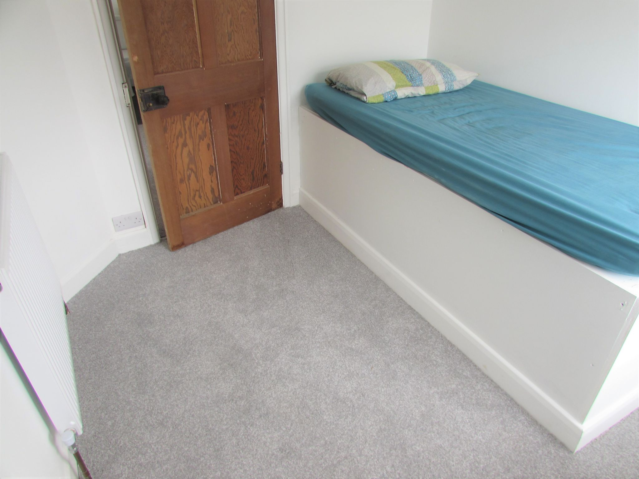 3 Bedroom End Terraced House For Sale - Bedroom Three