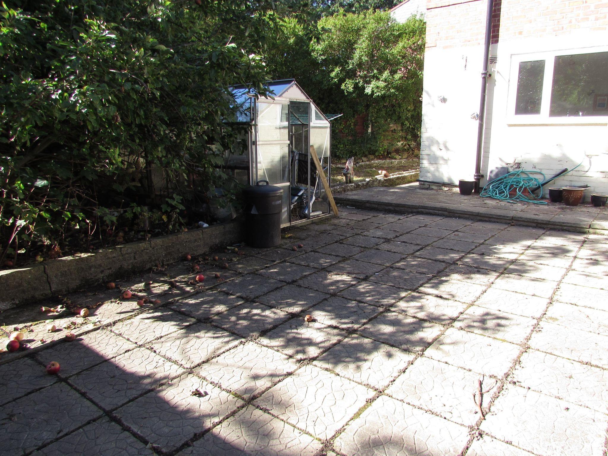 3 Bedroom Semi-detached House For Sale - Back garden