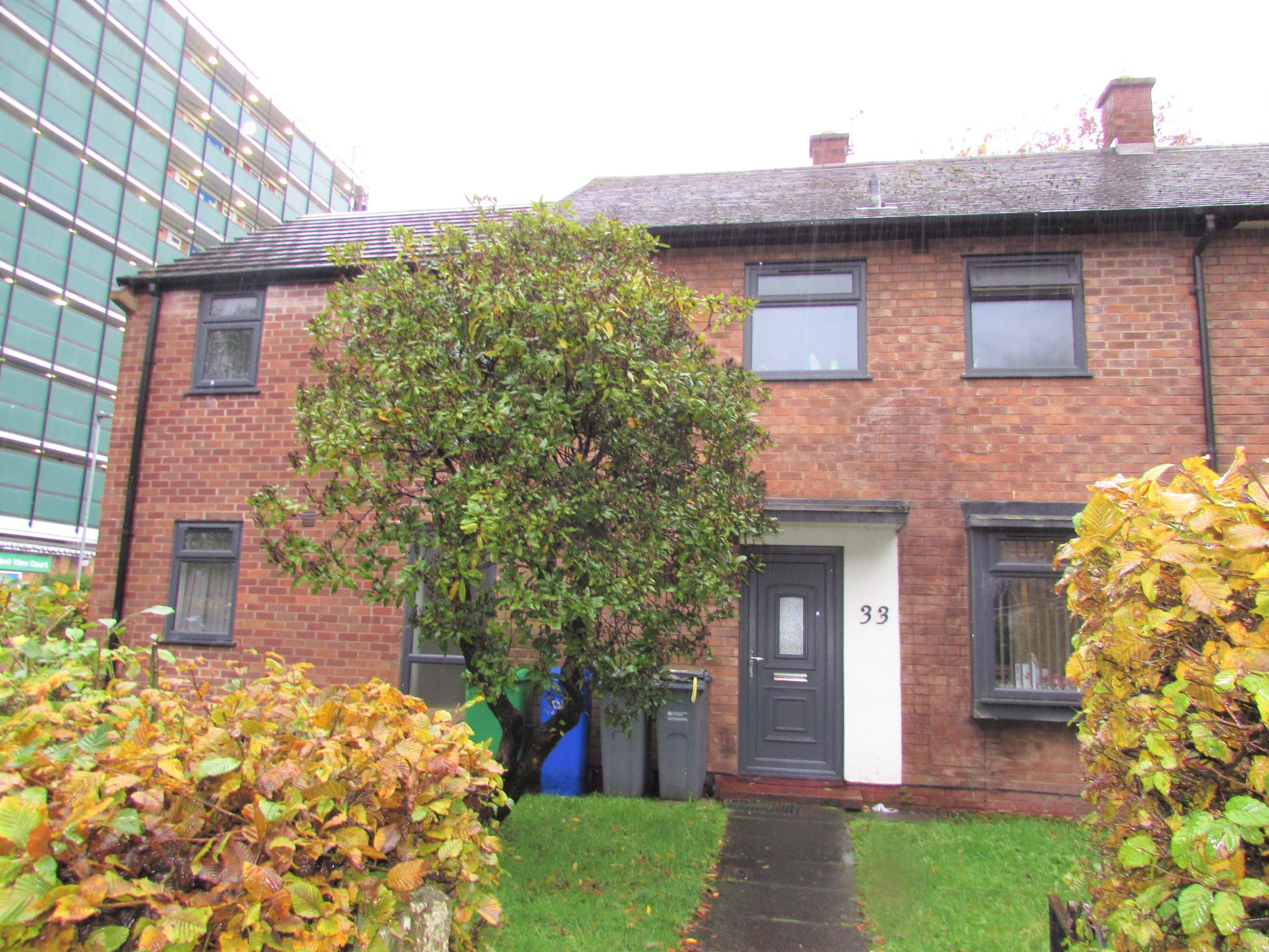 1 Bedroom Shared House To Rent - Photograph 7