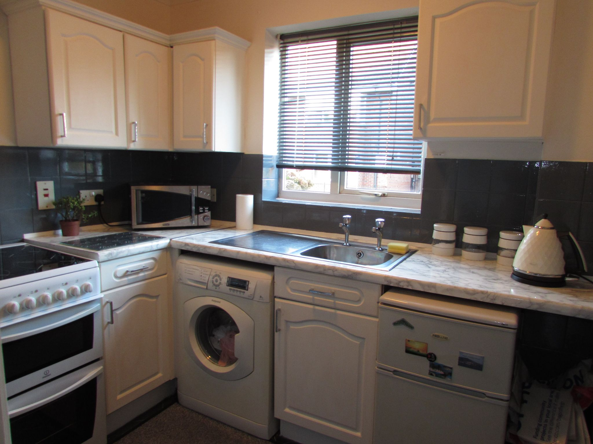 1 Bedroom Ground Floor Flat/apartment For Sale - Photograph 5
