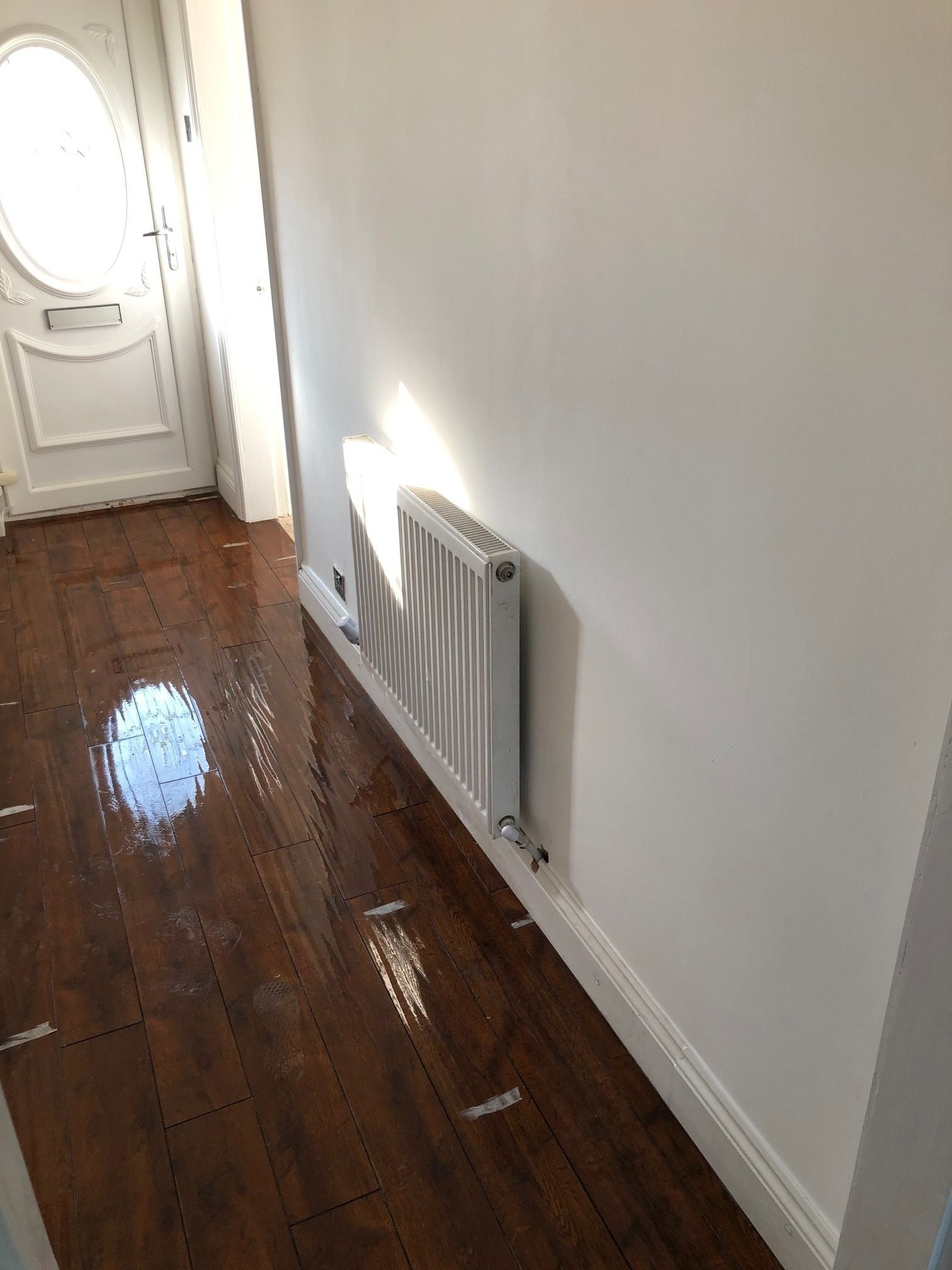 3 Bedroom Mid Terraced House For Sale - Hallway