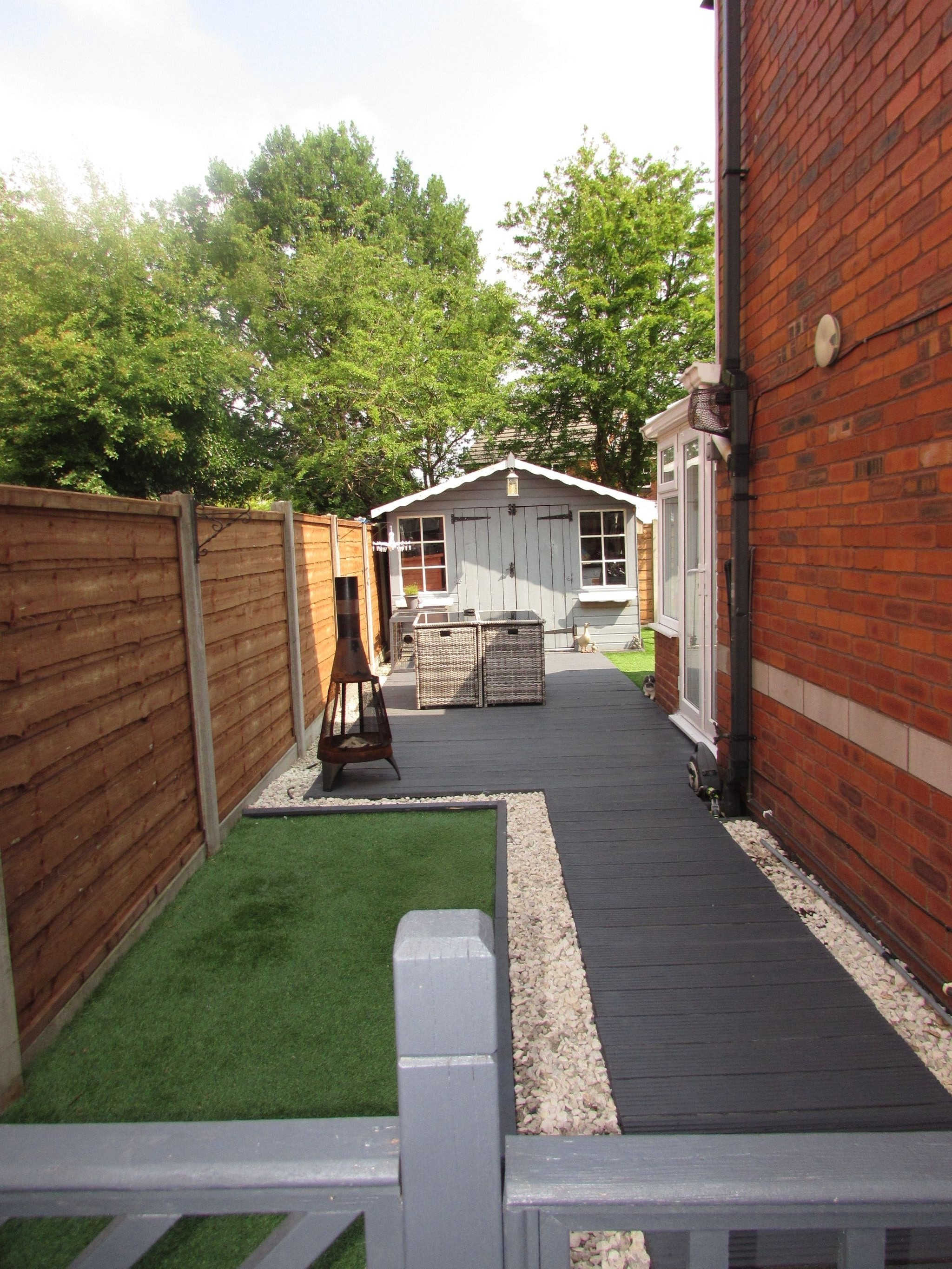 2 Bedroom Semi-detached House For Sale - Garden Side