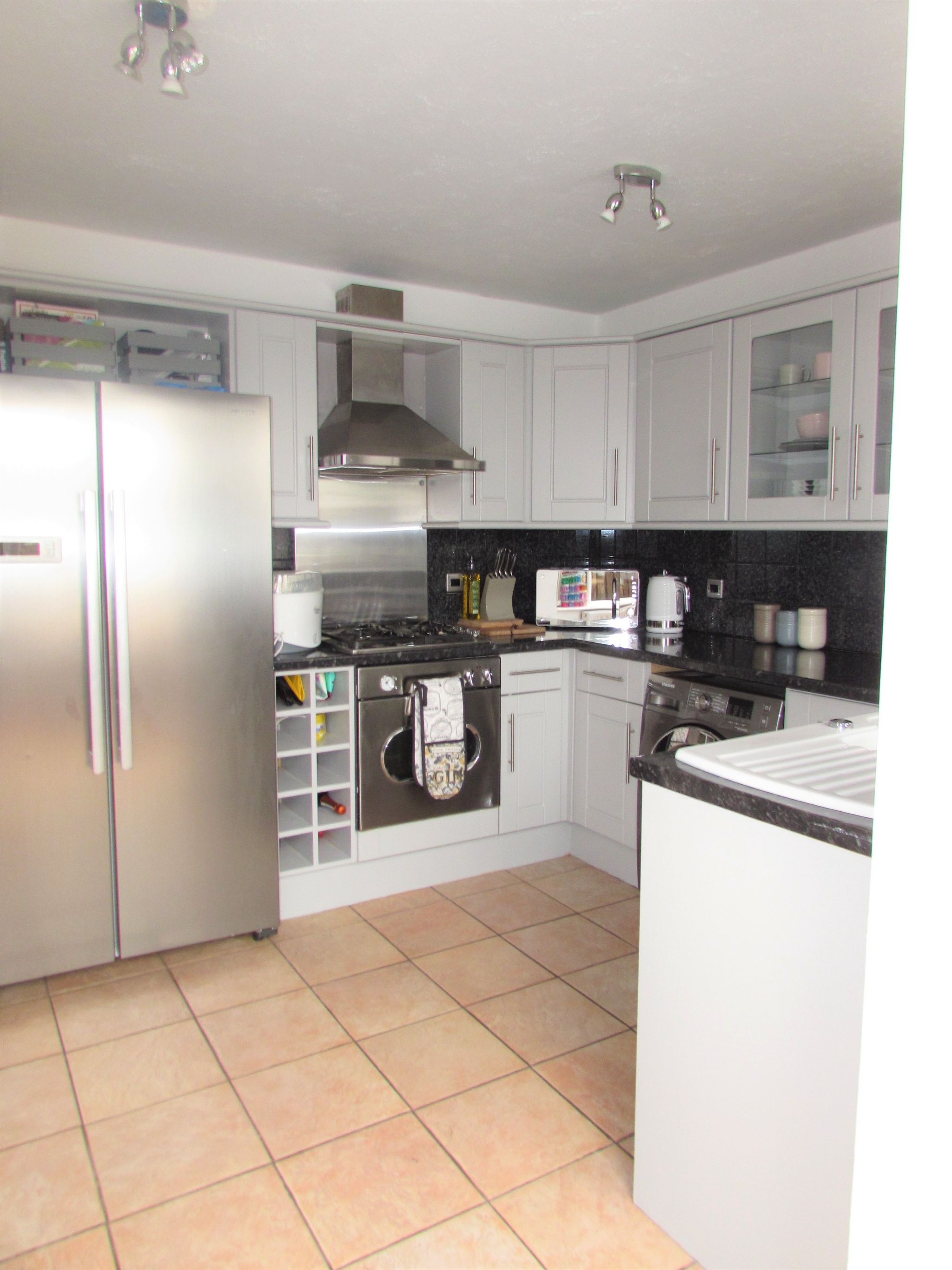 2 Bedroom Semi-detached House For Sale - Kitchen