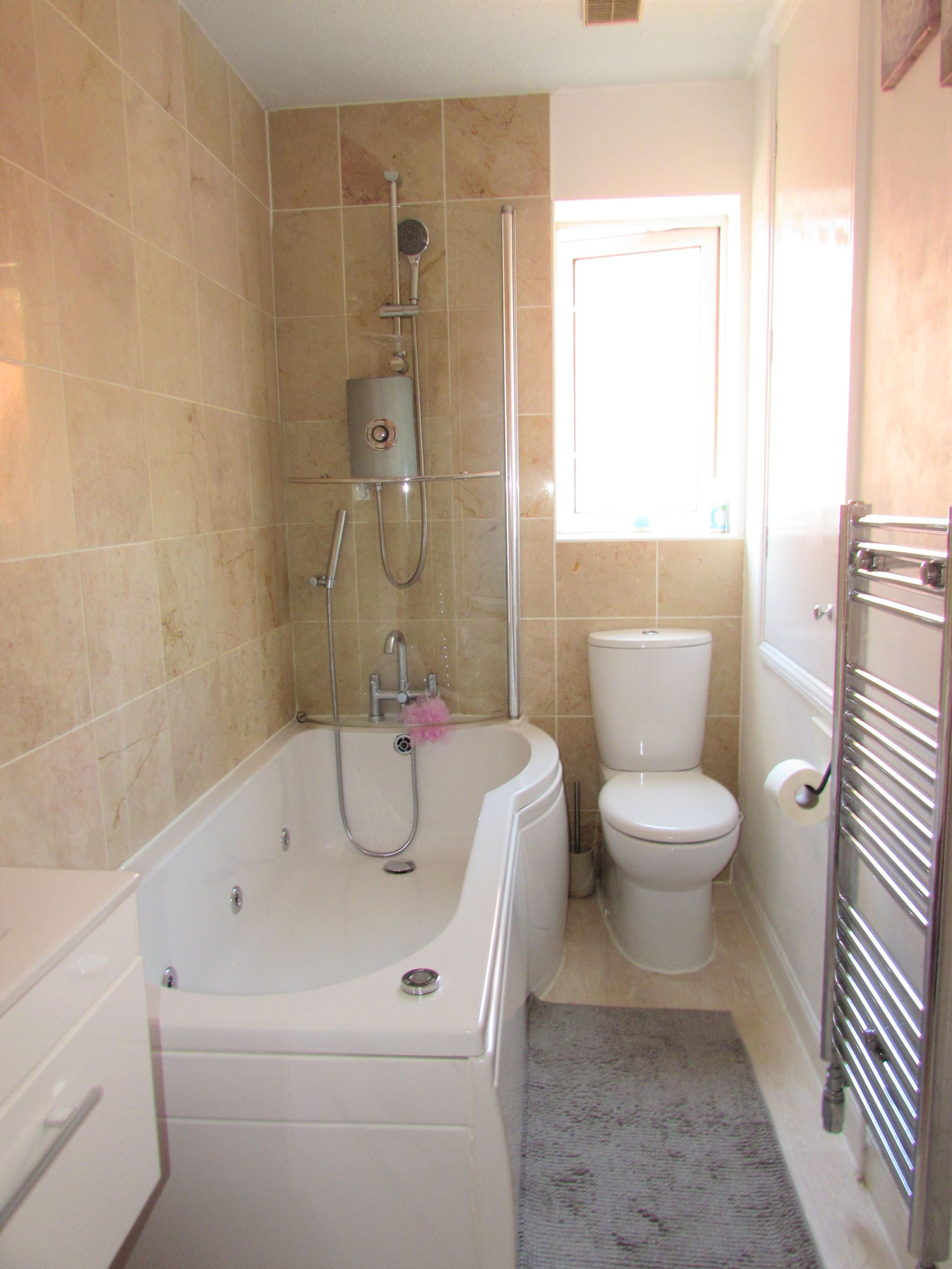 2 Bedroom Semi-detached House For Sale - Family Bathroom