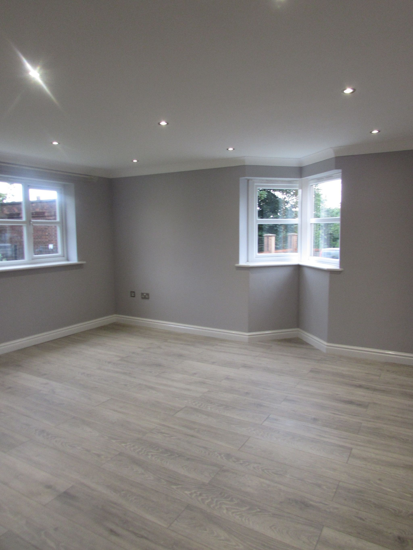 2 Bedroom Ground Floor Flat/apartment To Rent - lounge
