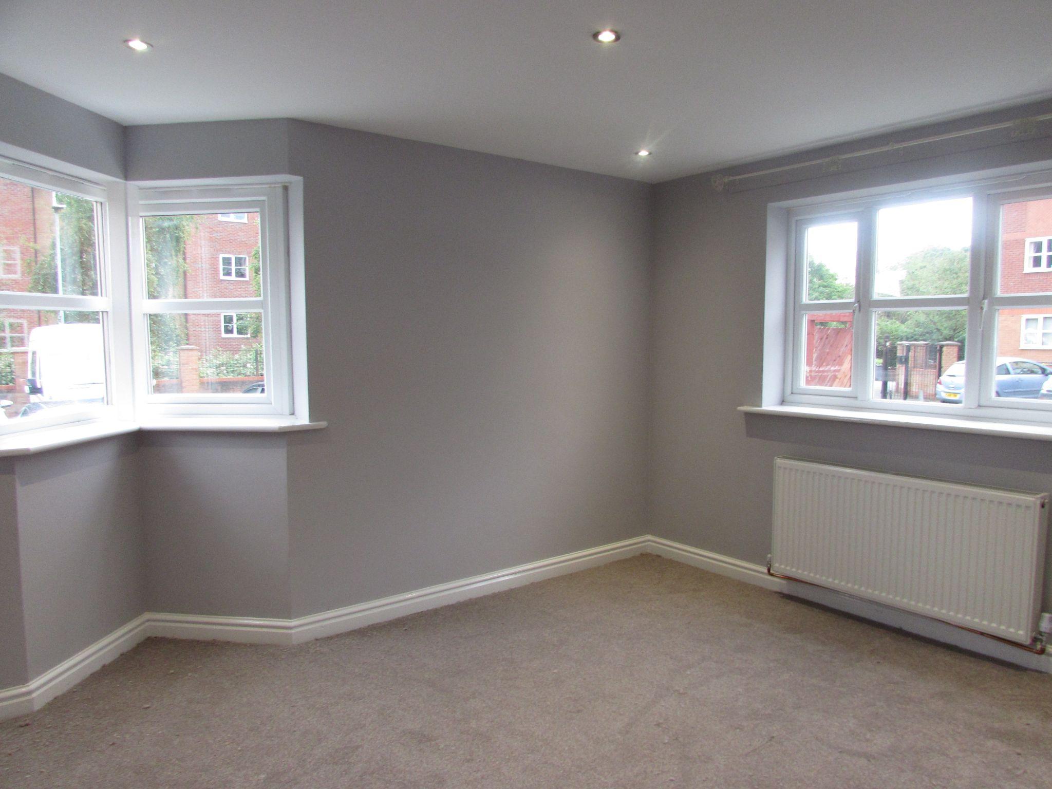 2 Bedroom Ground Floor Flat/apartment To Rent - bedroom 1