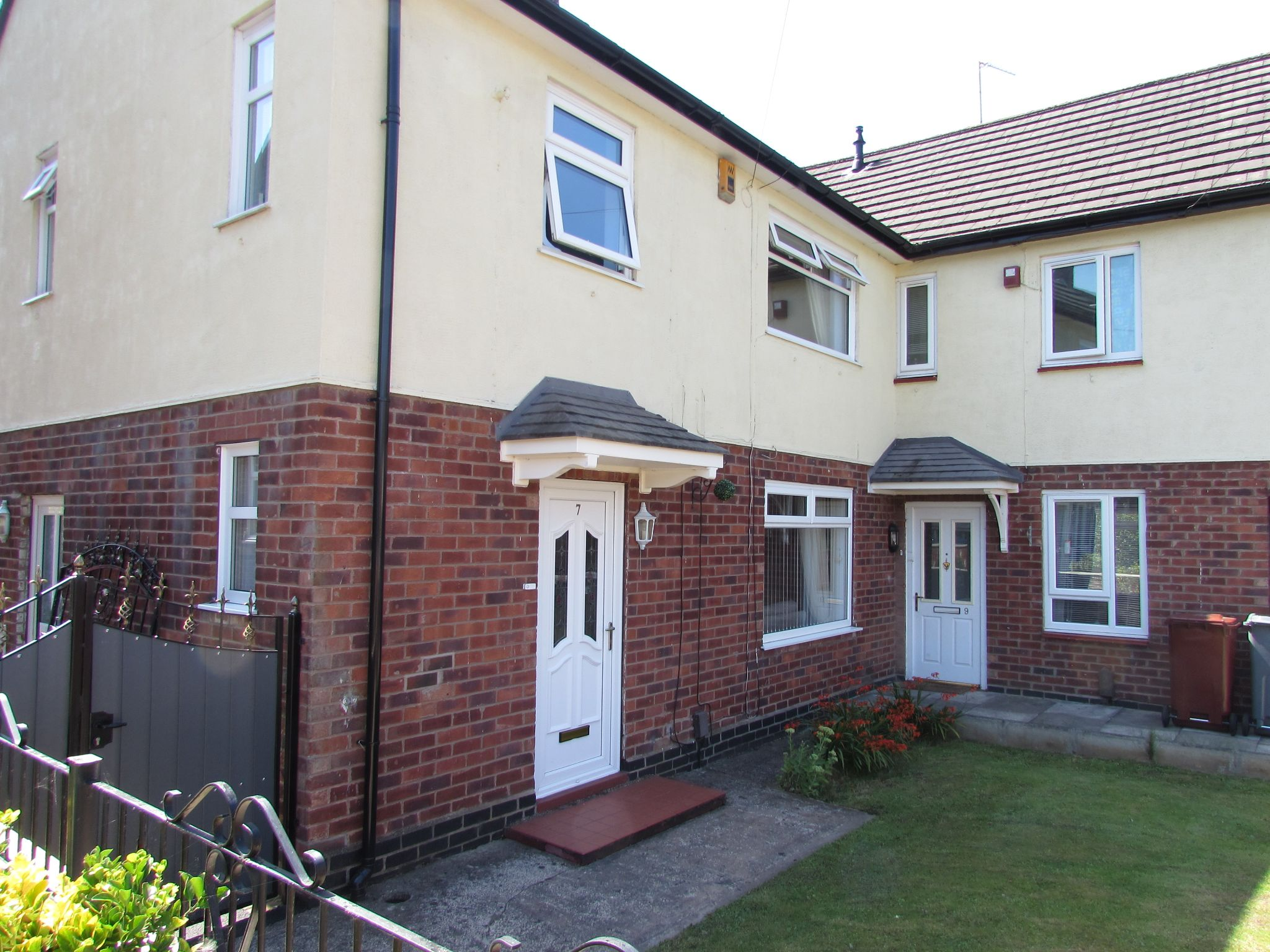 3 Bedroom End Terraced House For Sale - Photograph 25