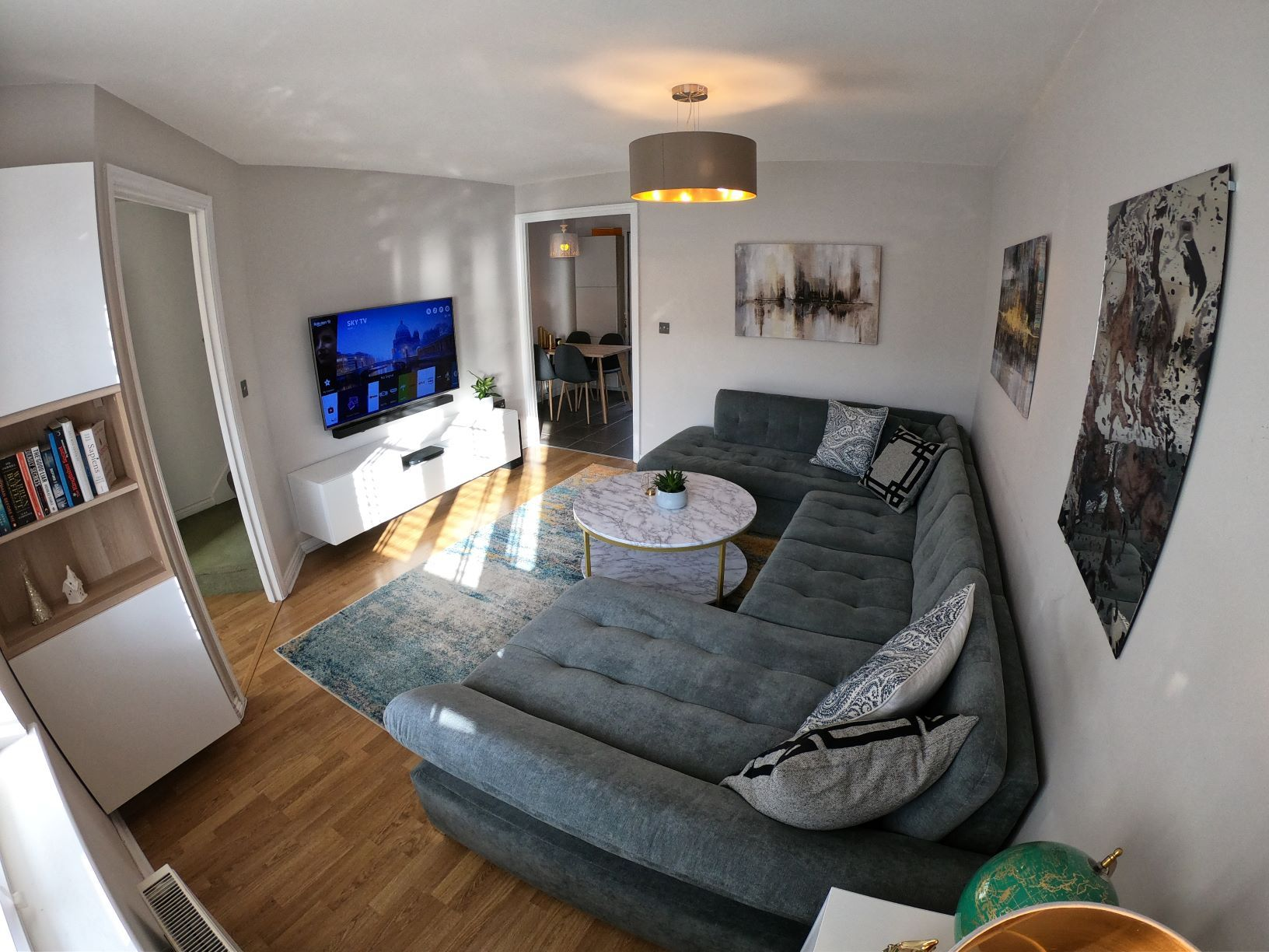 3 Bedroom Mews House For Sale - Photograph 4