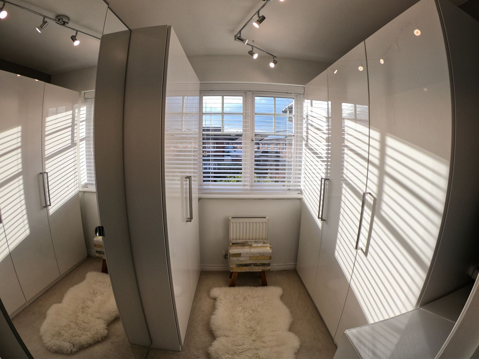 3 Bedroom Mews House For Sale - Photograph 19
