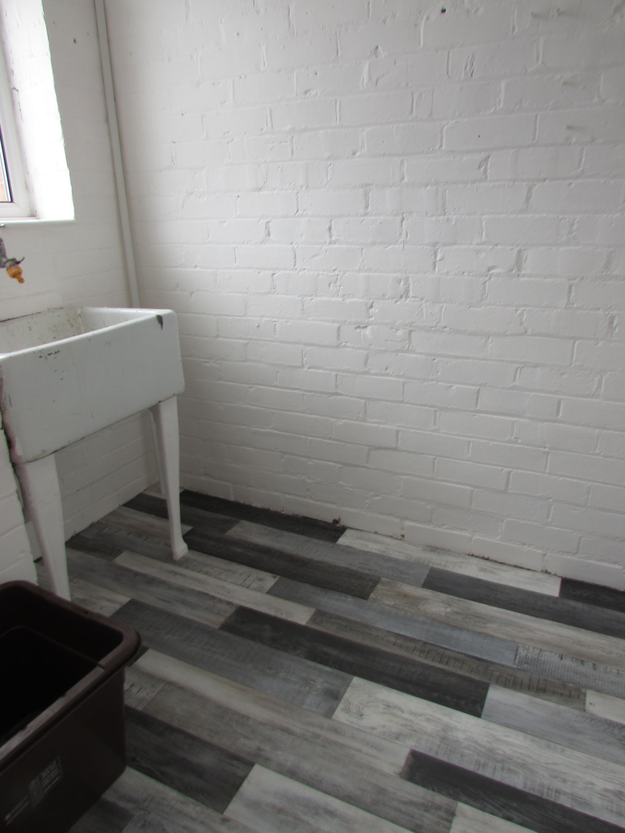 4 Bedroom End Terraced House To Rent - Utility