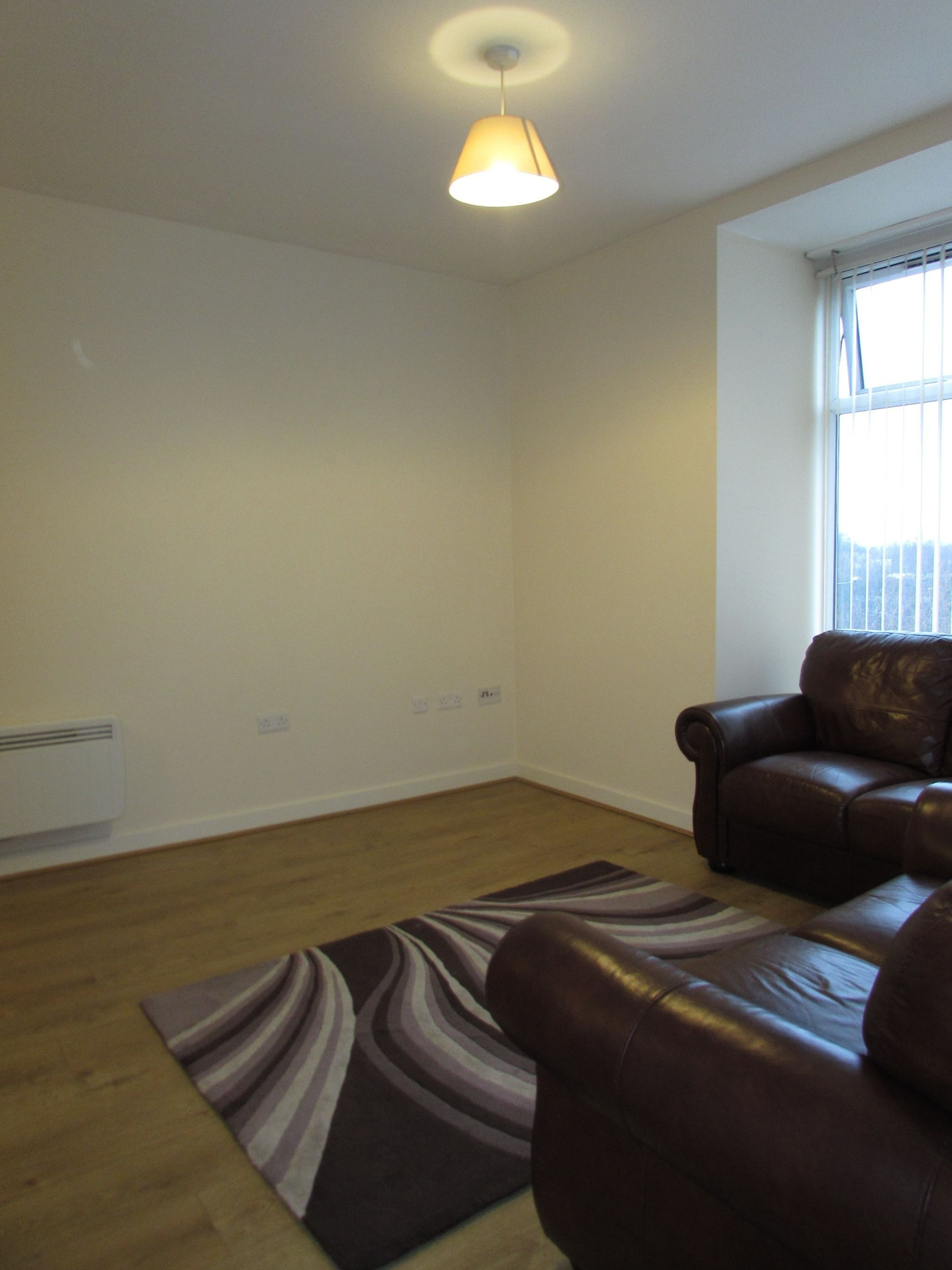 2 Bedroom Apartment Flat/apartment To Rent - Lounge