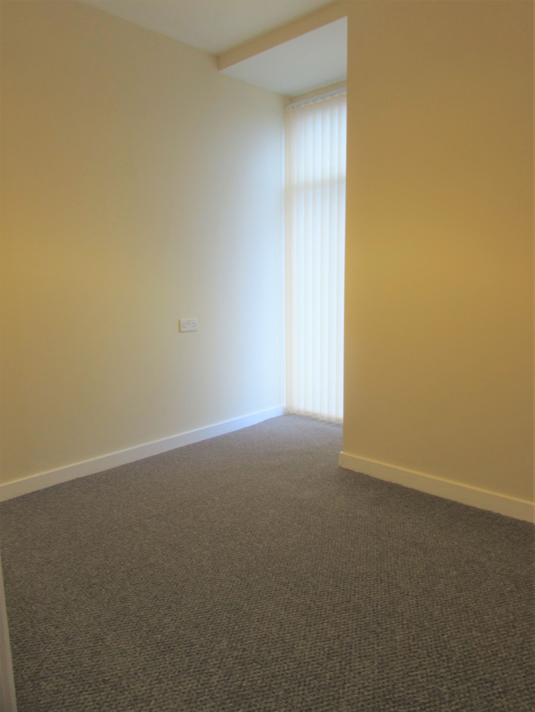 2 Bedroom Apartment Flat/apartment To Rent - Bedroom 2