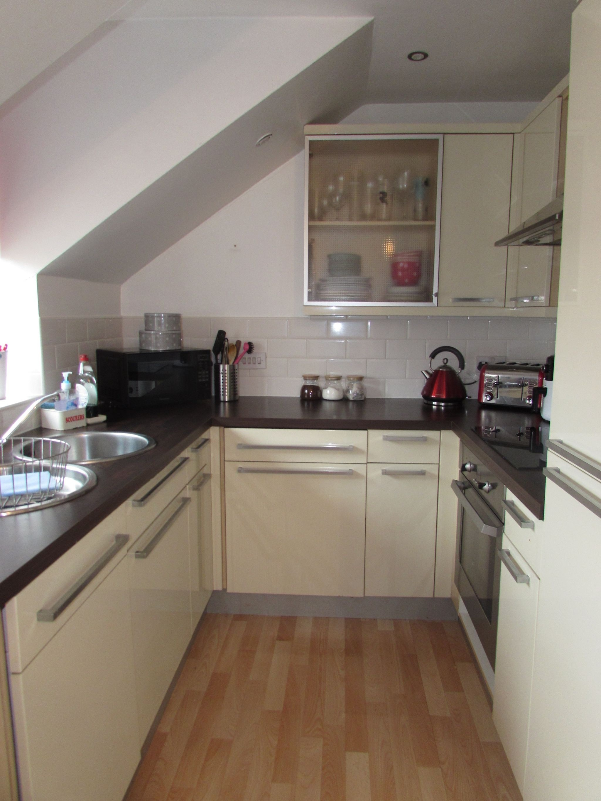 1 Bedroom Shared Flat/apartment To Rent - Photograph 9