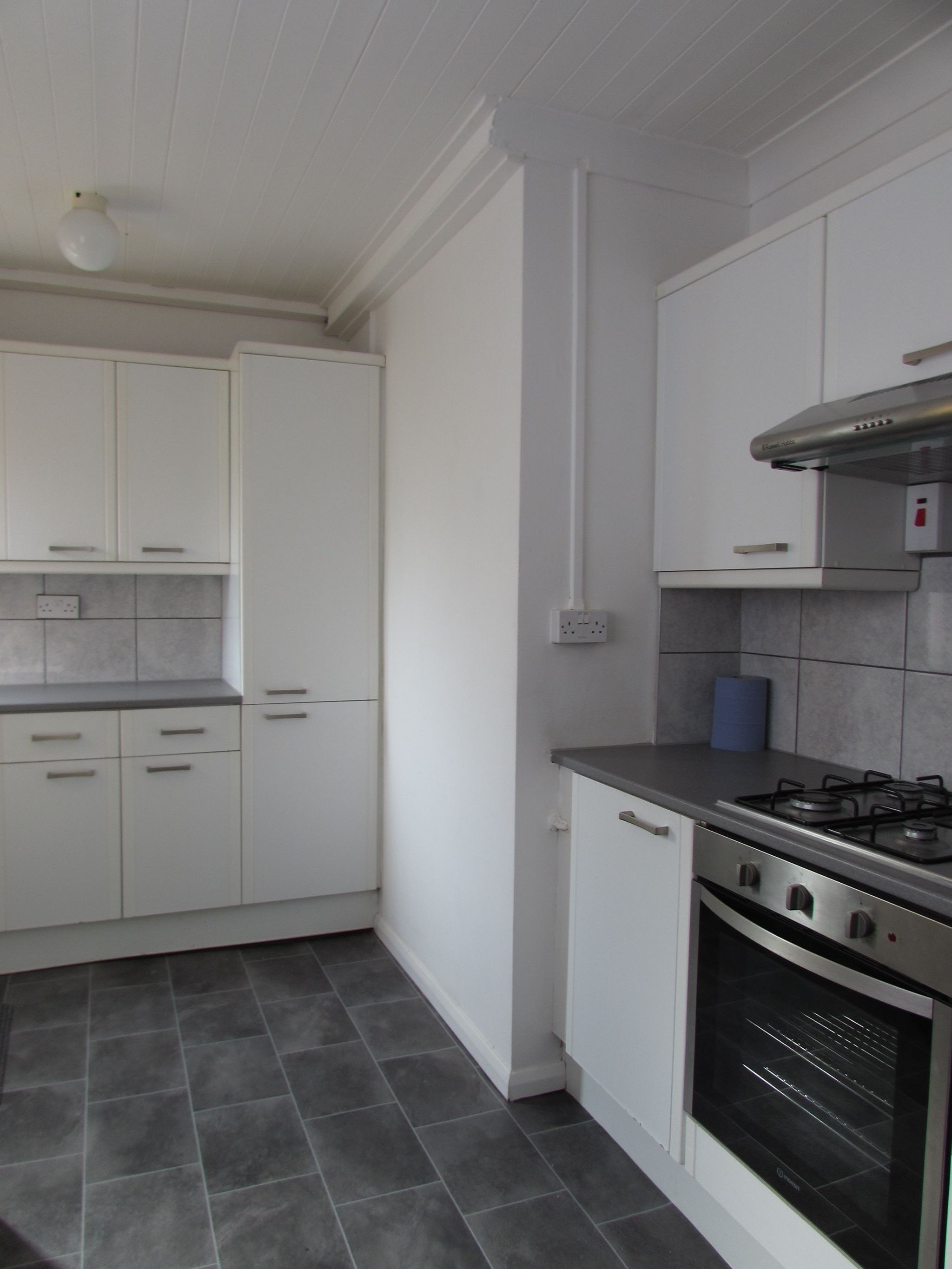 2 Bedroom Ground Floor Flat/apartment To Rent - Photograph 7