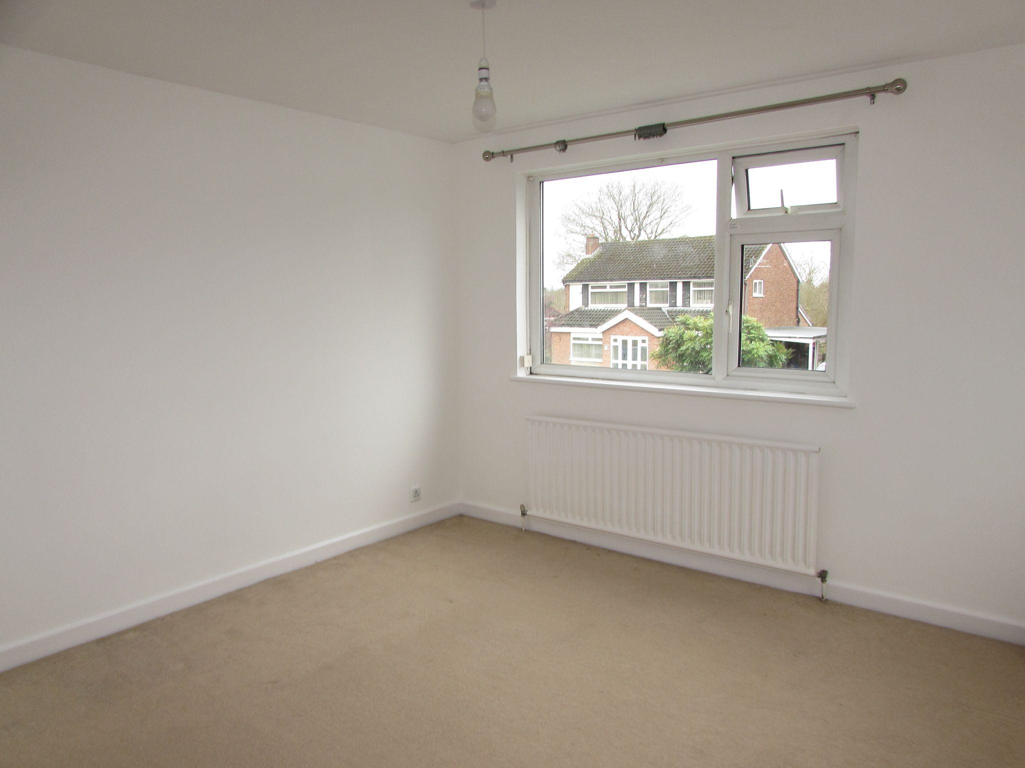 4 Bedroom Detached House To Rent - Bedroom 1