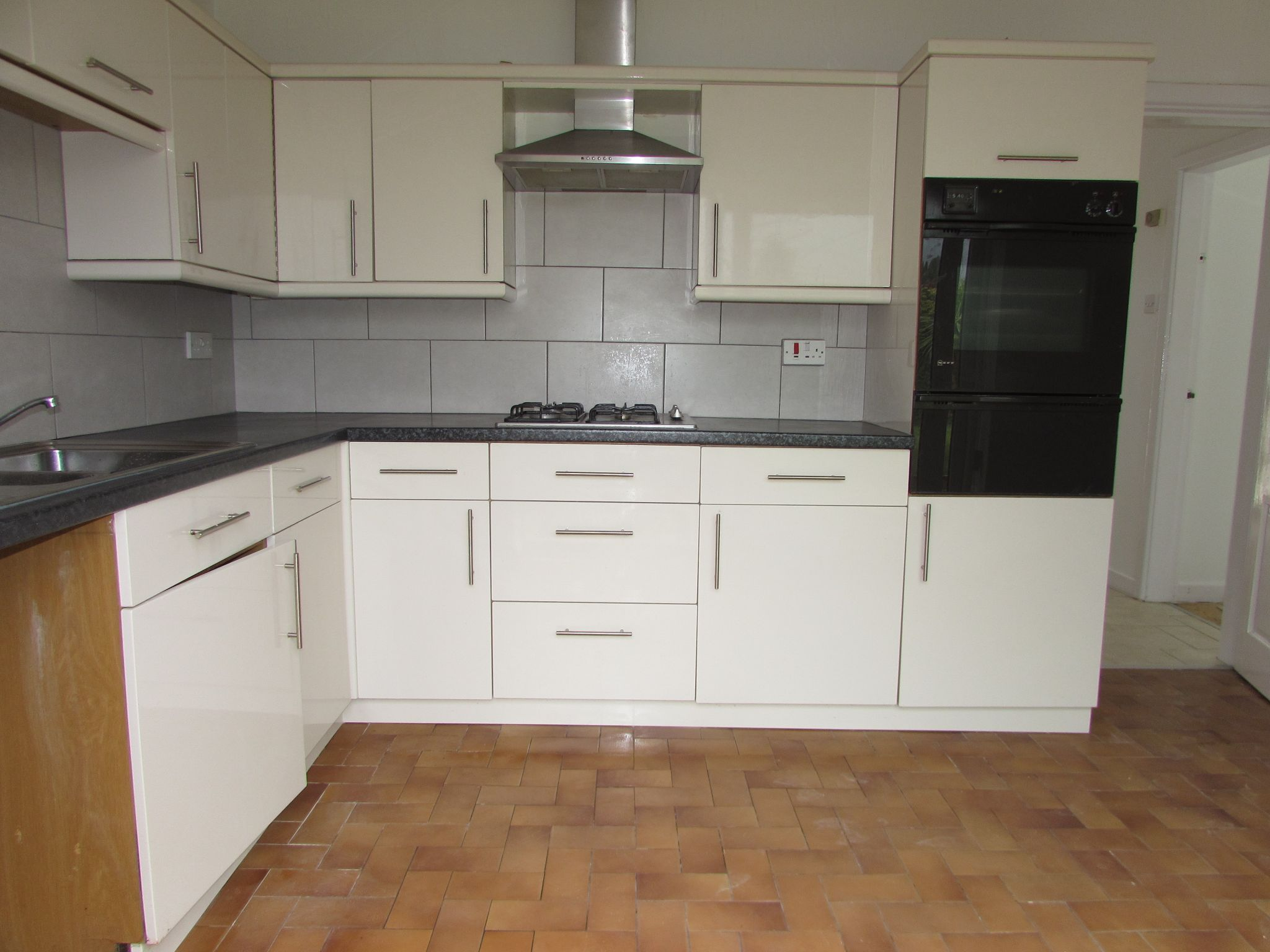 4 Bedroom Detached House To Rent - Lounge