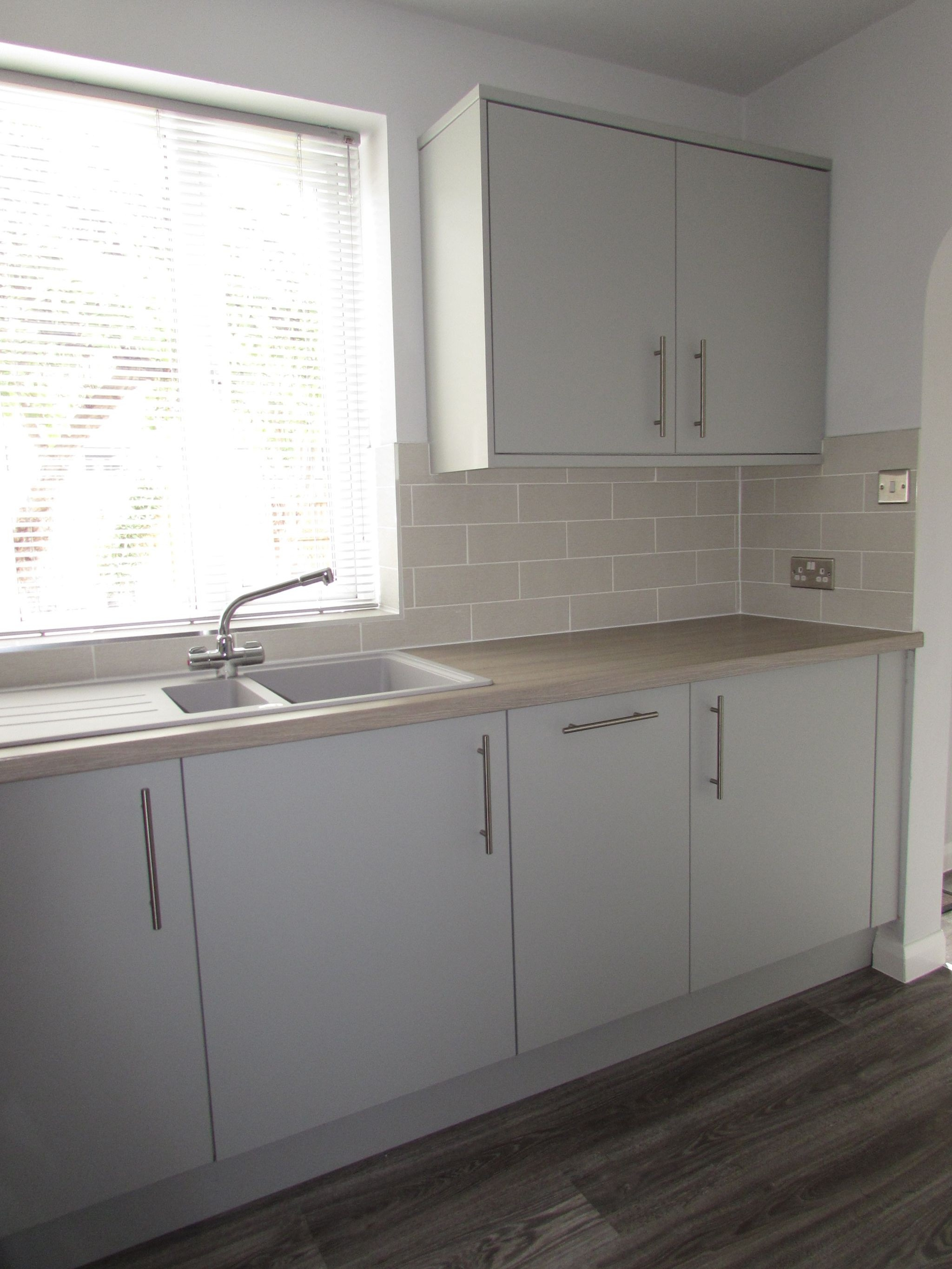 3 Bedroom Mid Terraced House For Sale - Kitchen