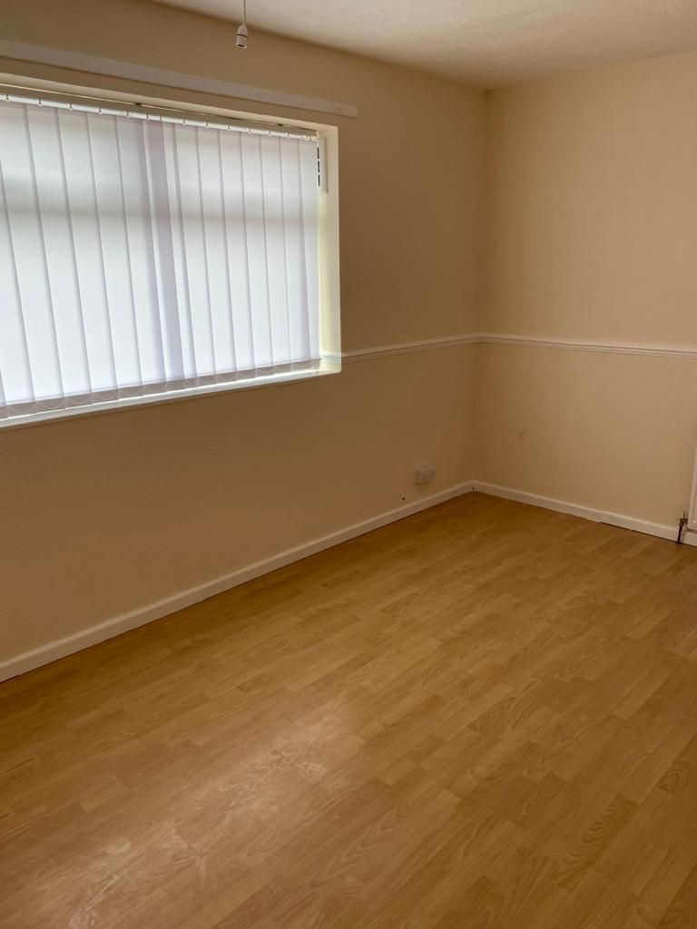 3 Bedroom End Terraced House To Rent - Photograph 14