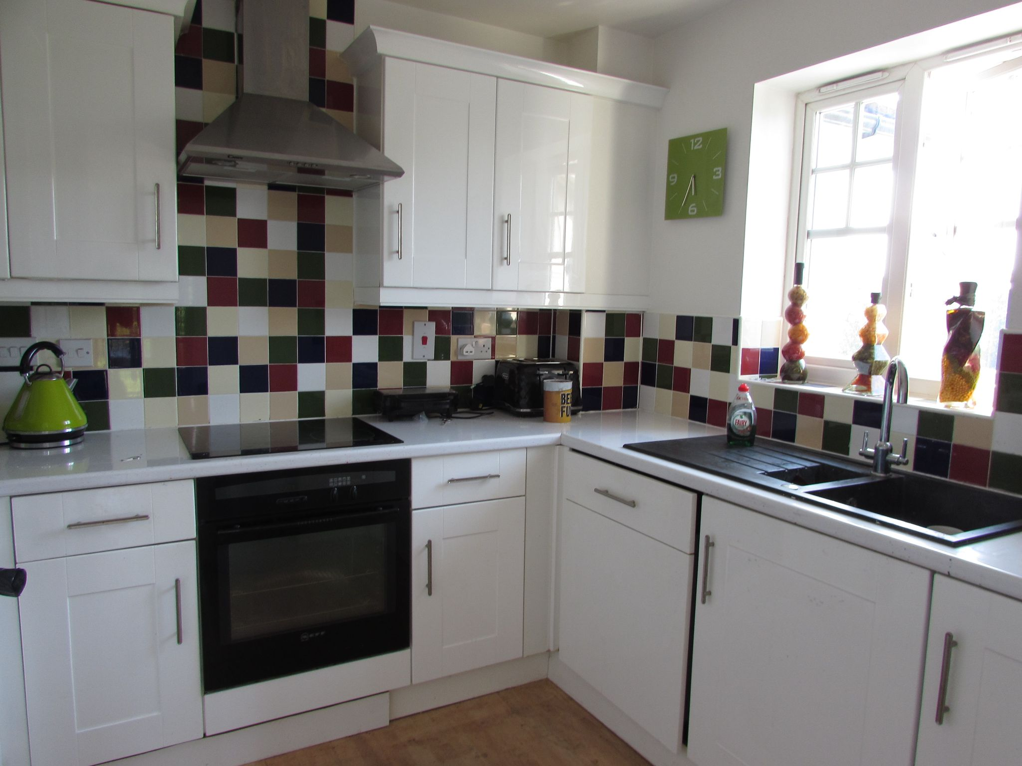 2 Bedroom Penthouse Flat/apartment For Sale - Photograph 4