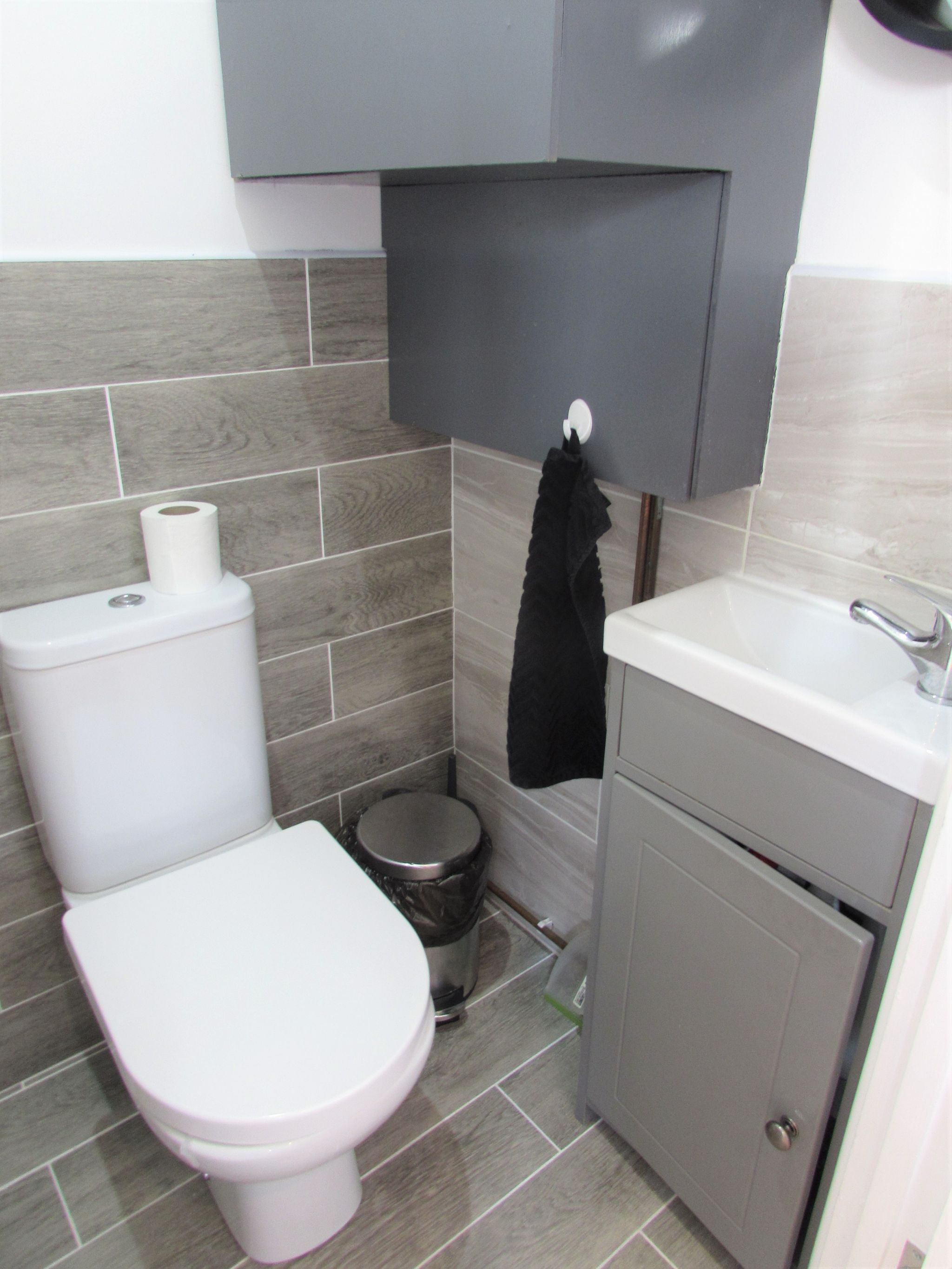 3 Bedroom Semi-detached House To Rent - DOWNSTAIRS WC