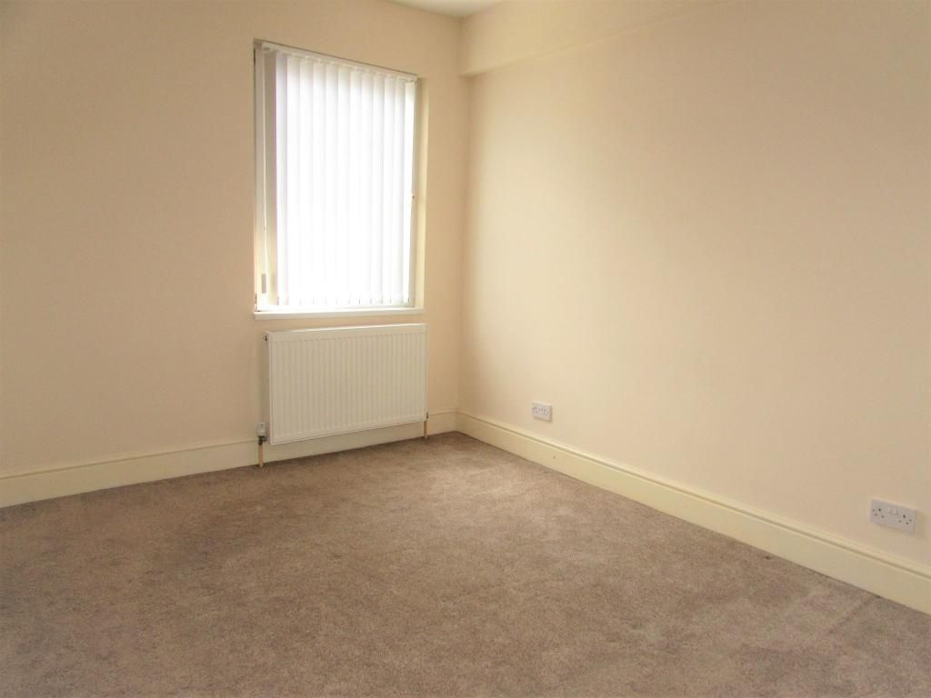 2 Bedroom Cottage House To Rent - Photograph 14