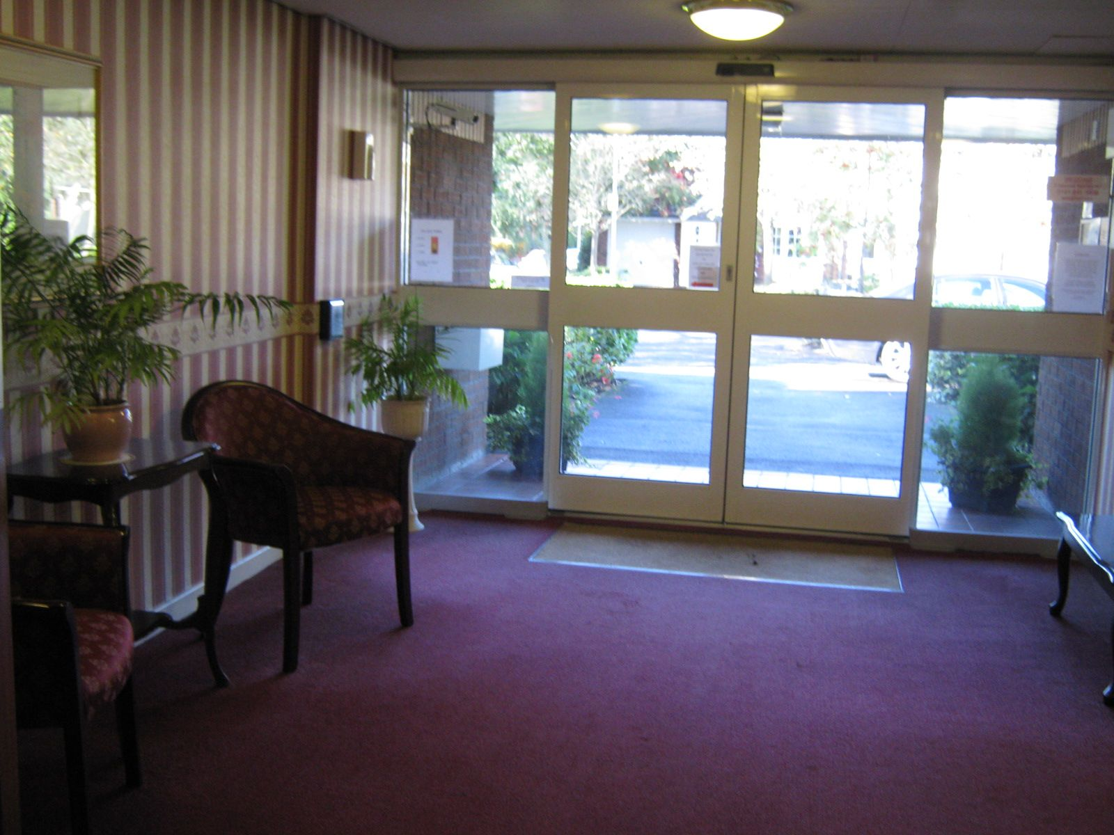 1 Bedroom Apartment Flat/apartment For Sale - Photograph 9