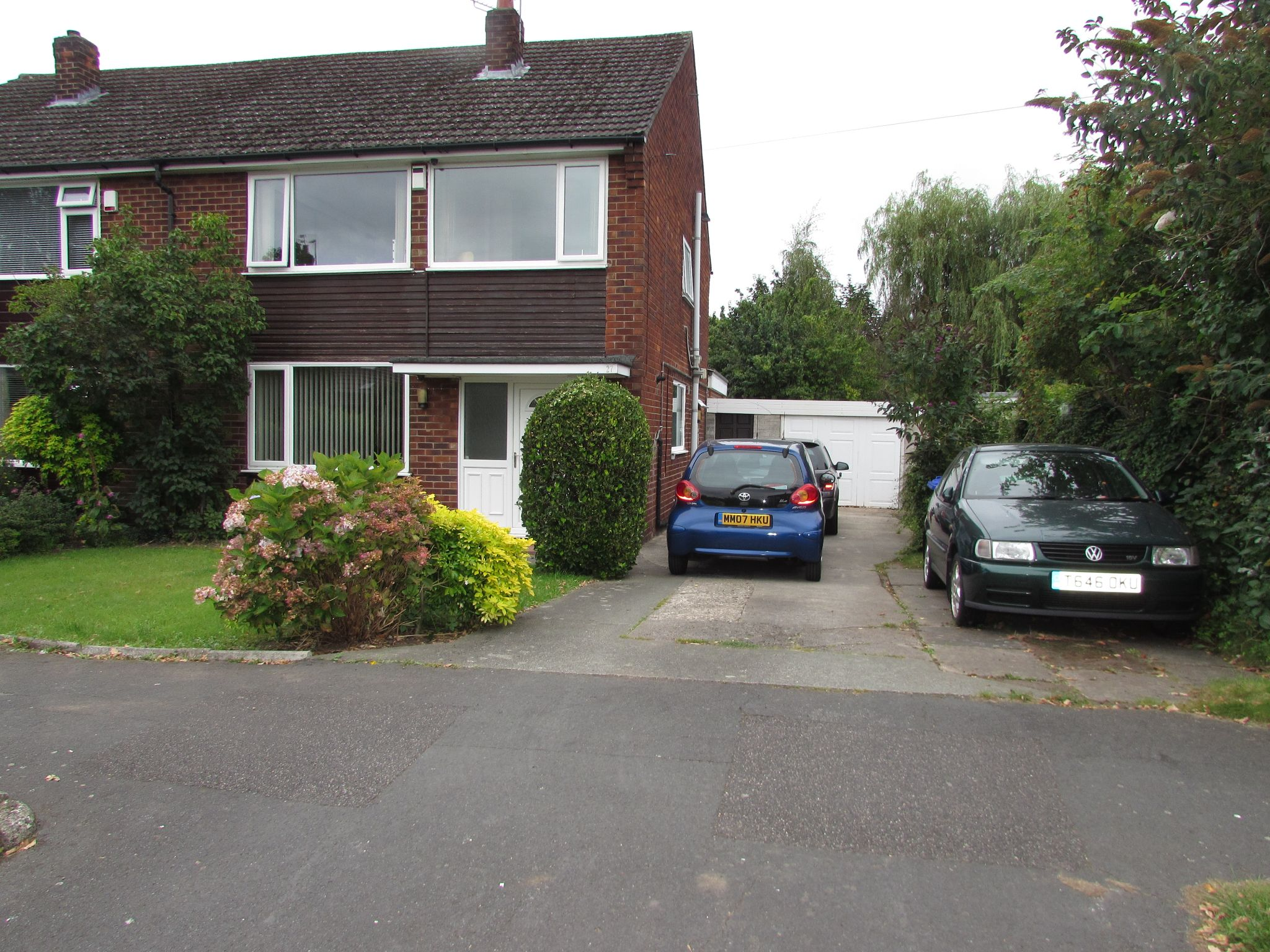 5 Bedroom Semi-detached House For Sale - Photograph 31